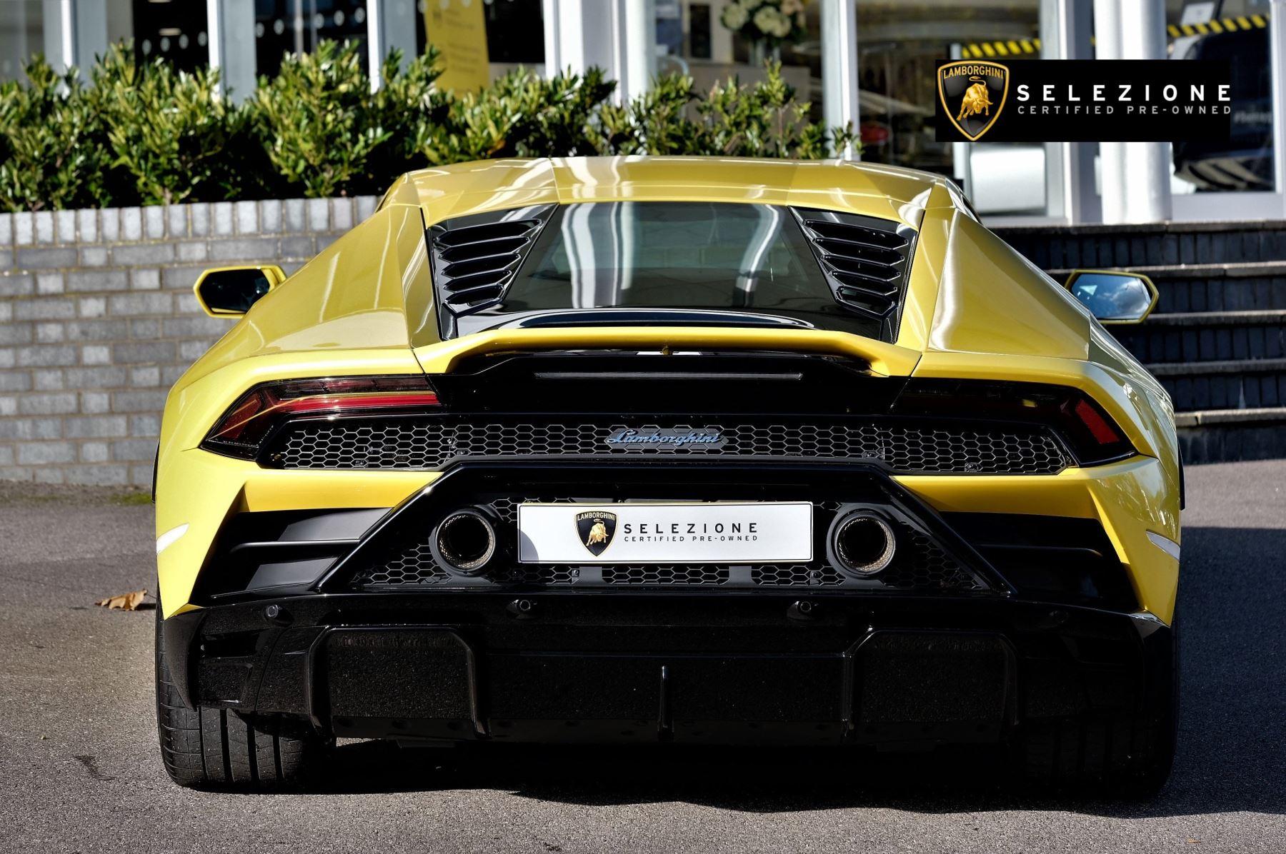 Lamborghini Huracan EVO 5.2 V10 610 2dr Auto RWD image 4