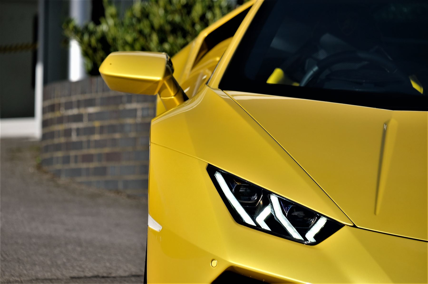 Lamborghini Huracan EVO 5.2 V10 610 2dr Auto RWD image 10