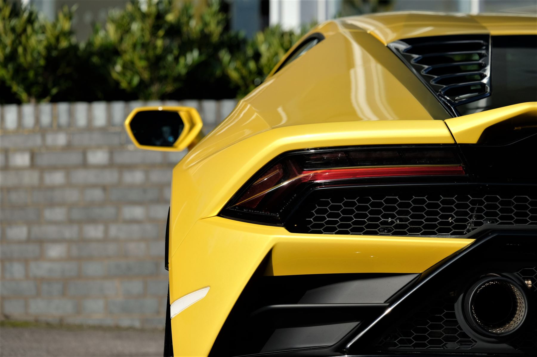 Lamborghini Huracan EVO 5.2 V10 610 2dr Auto RWD image 11