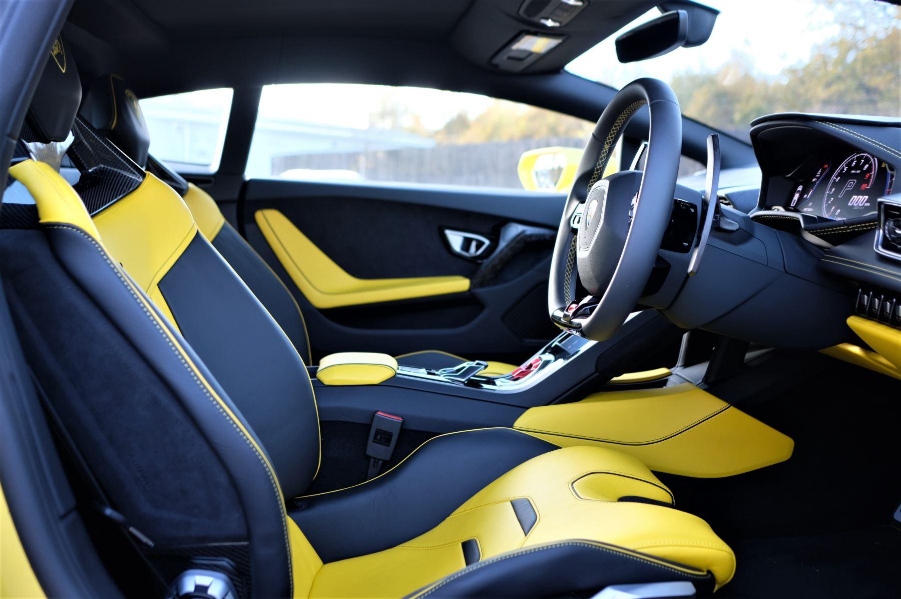 Lamborghini Huracan EVO 5.2 V10 610 2dr Auto RWD image 6