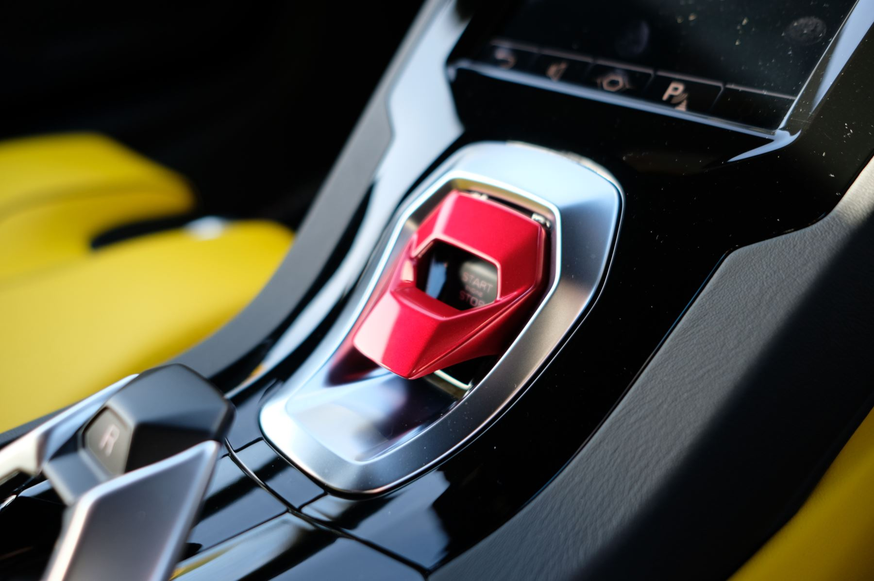 Lamborghini Huracan EVO 5.2 V10 610 2dr Auto RWD image 19