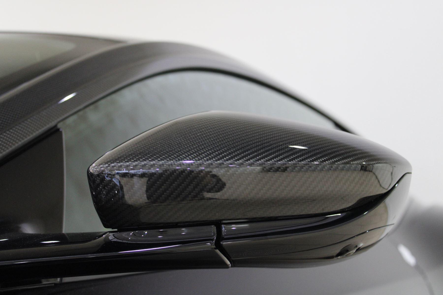 Aston Martin DB11 AMR Touchtronic image 18