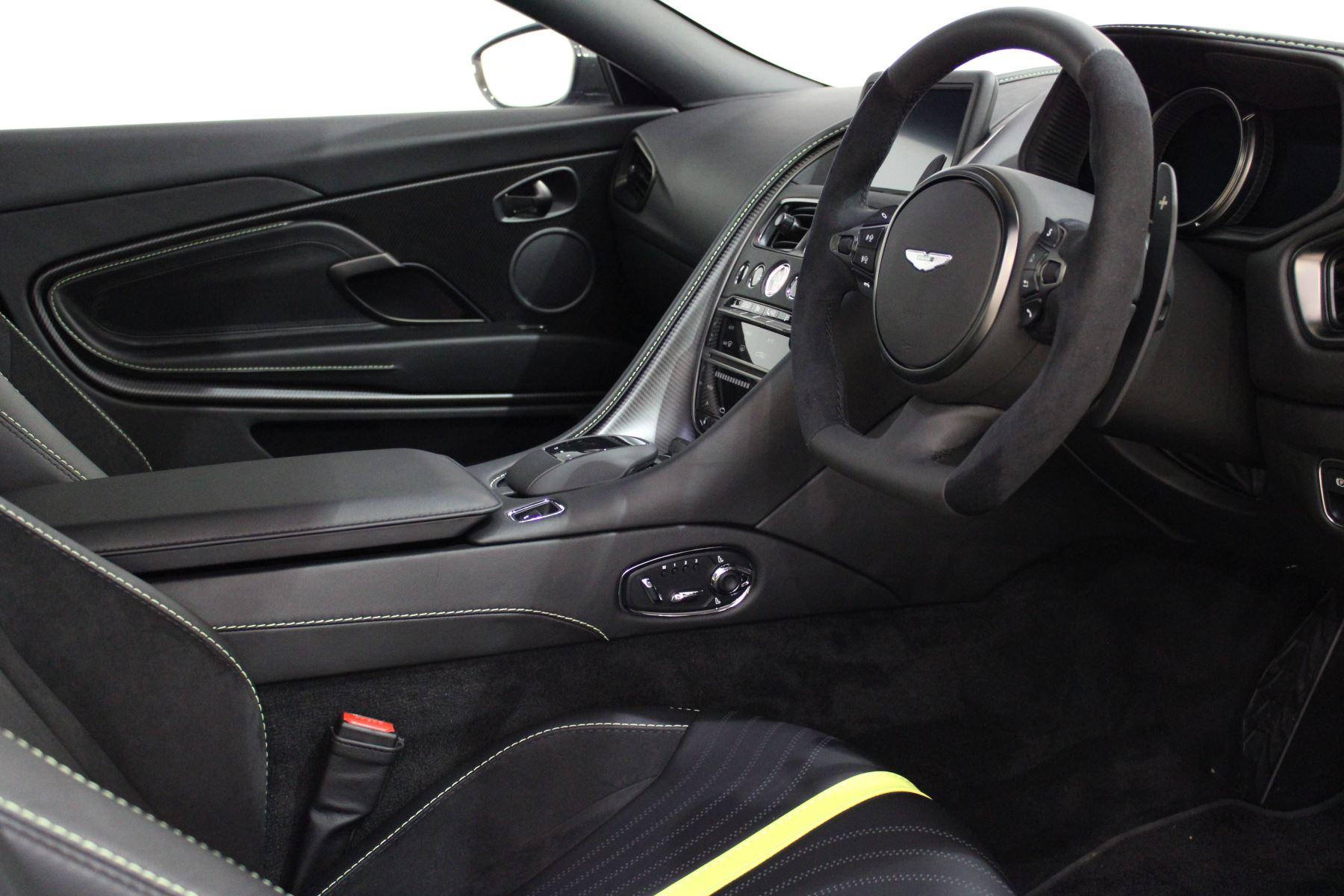 Aston Martin DB11 AMR Touchtronic image 3