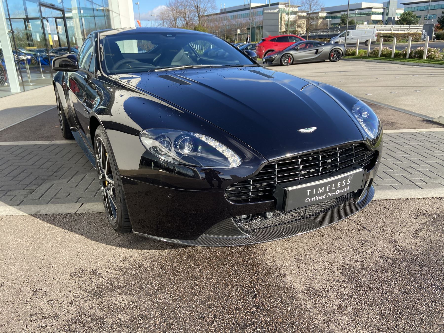 Aston Martin V8 Vantage S Coupe S 2dr Sportshift 4.7 Automatic 3 door Coupe (2015)