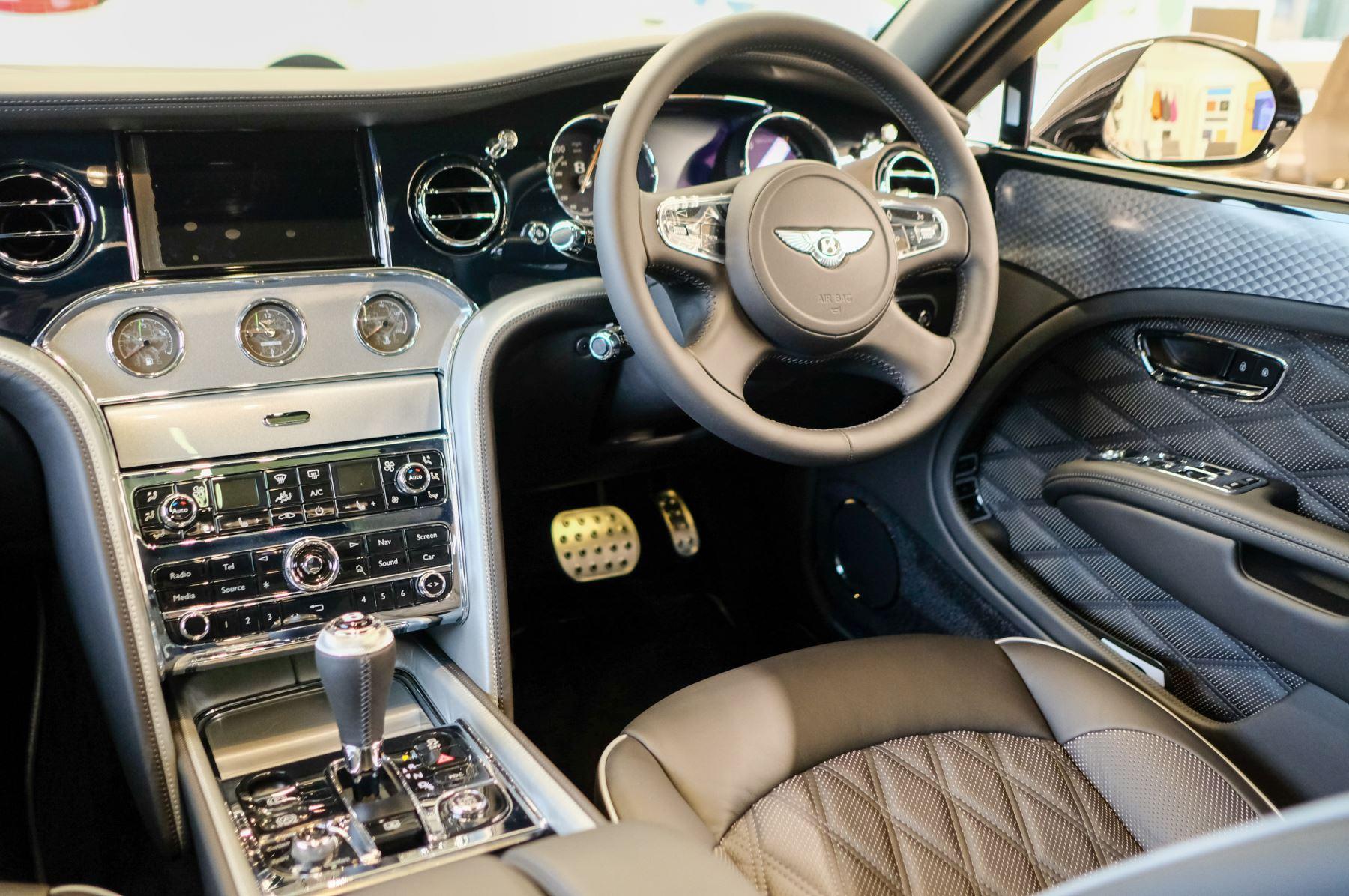 Bentley Mulsanne Mulsanne 6.75 Edition by Mulliner image 26