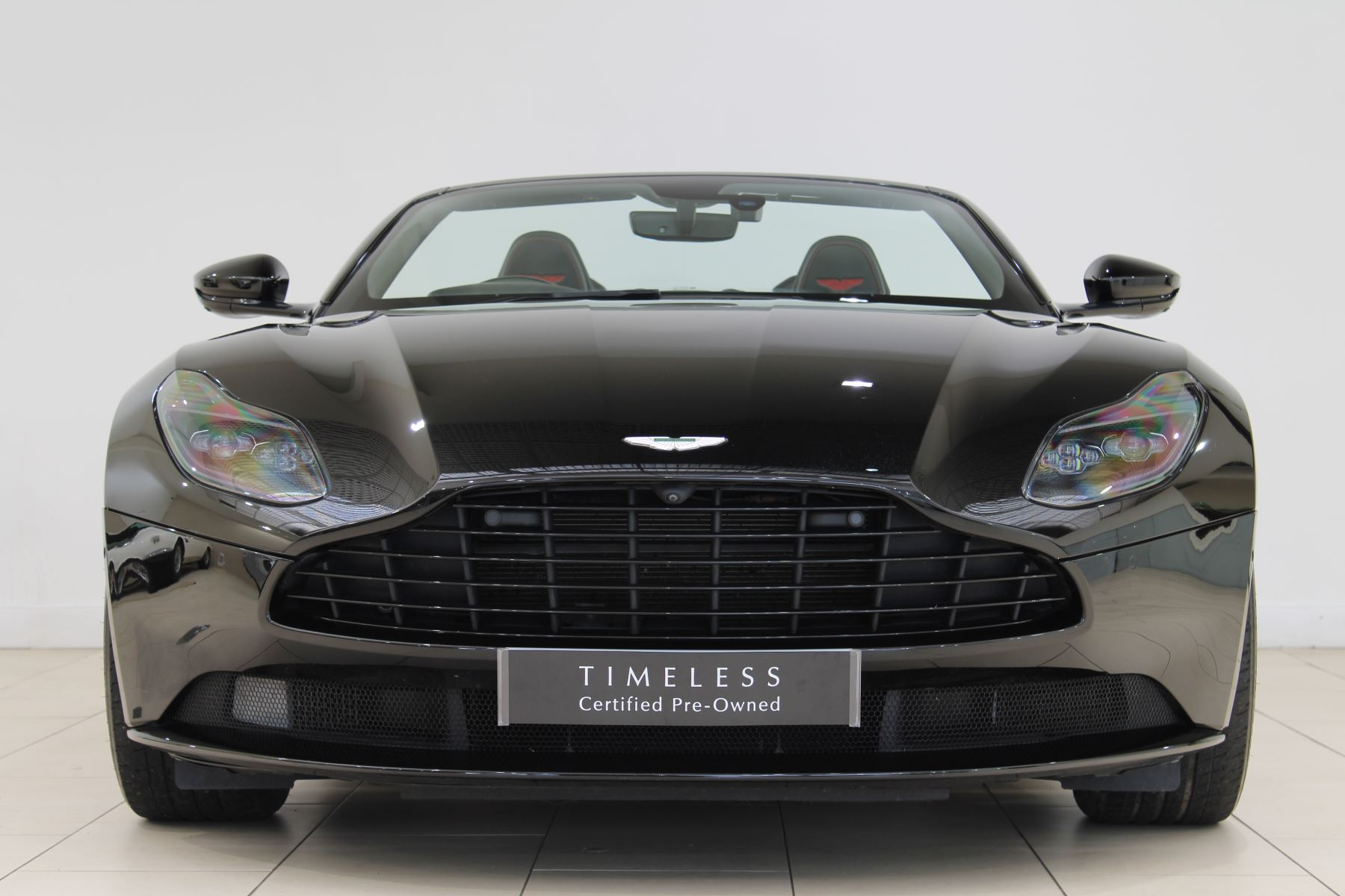 Aston Martin DB11 Volante V8 2dr Touchtronic image 4