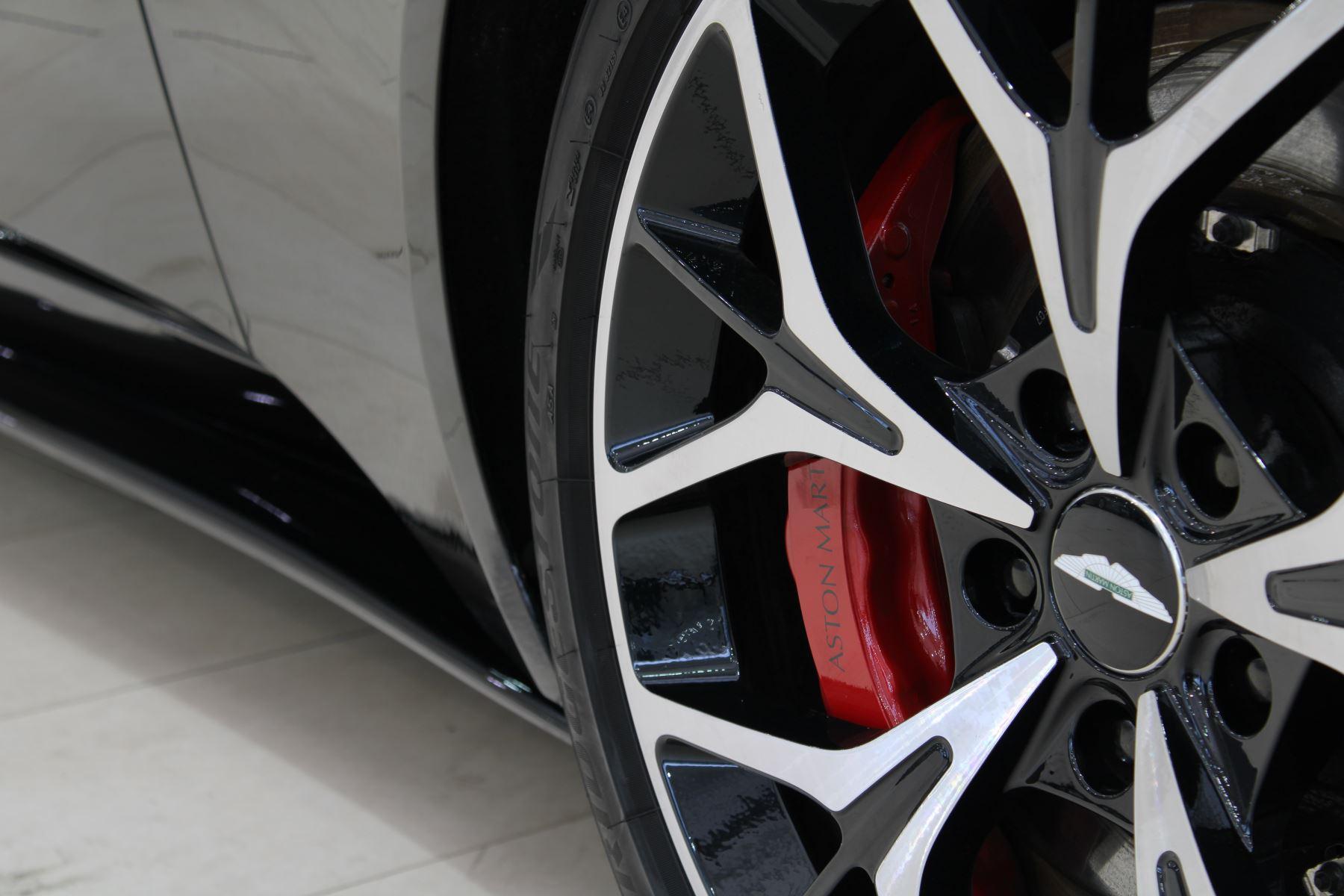 Aston Martin DB11 Volante V8 2dr Touchtronic image 15