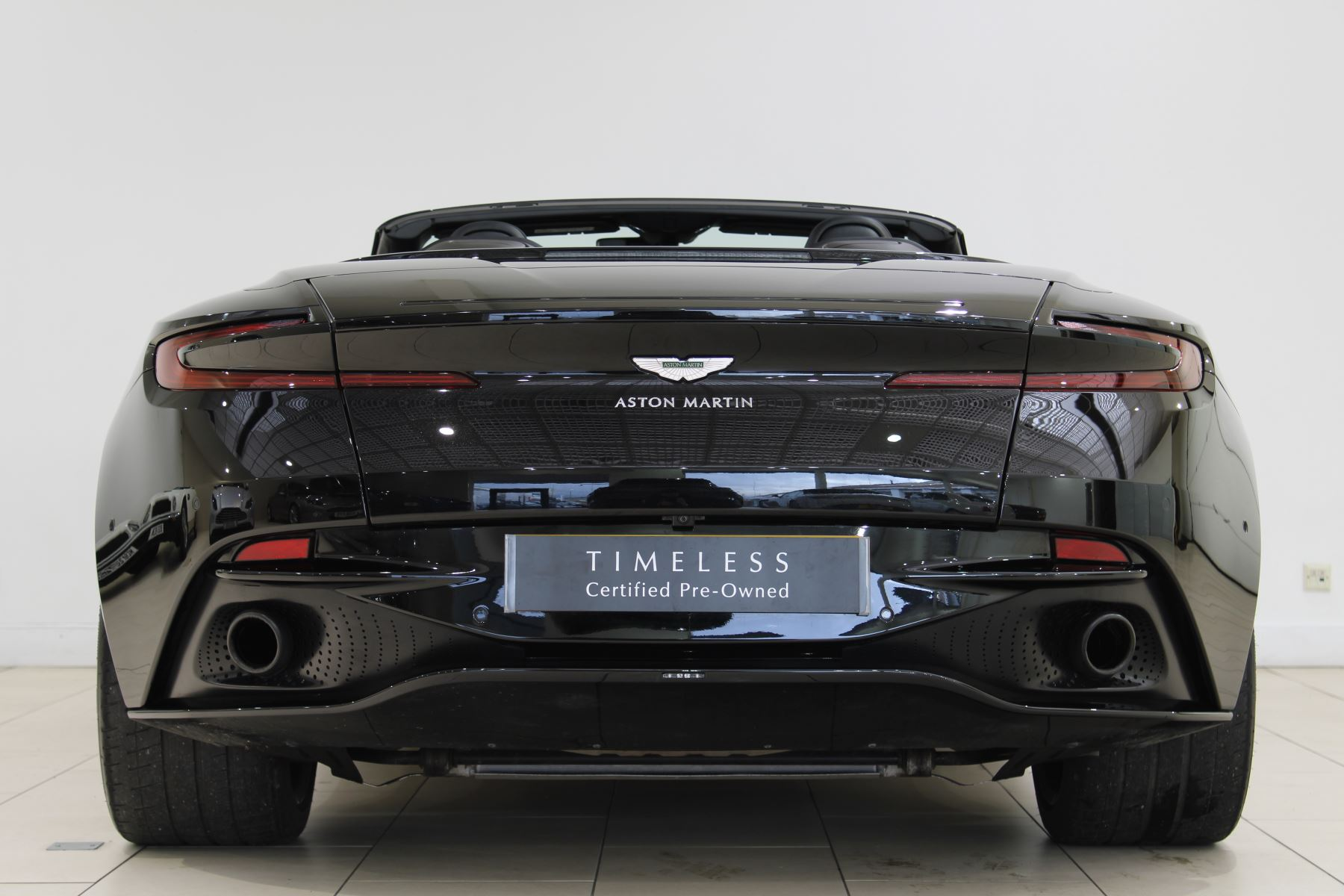 Aston Martin DB11 Volante V8 2dr Touchtronic image 6