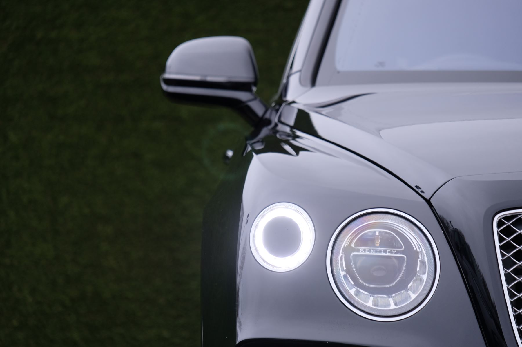 Bentley Bentayga Diesel 4.0 V8 Mulliner Driving Spec 5dr Auto - 7 Seat Specification image 6