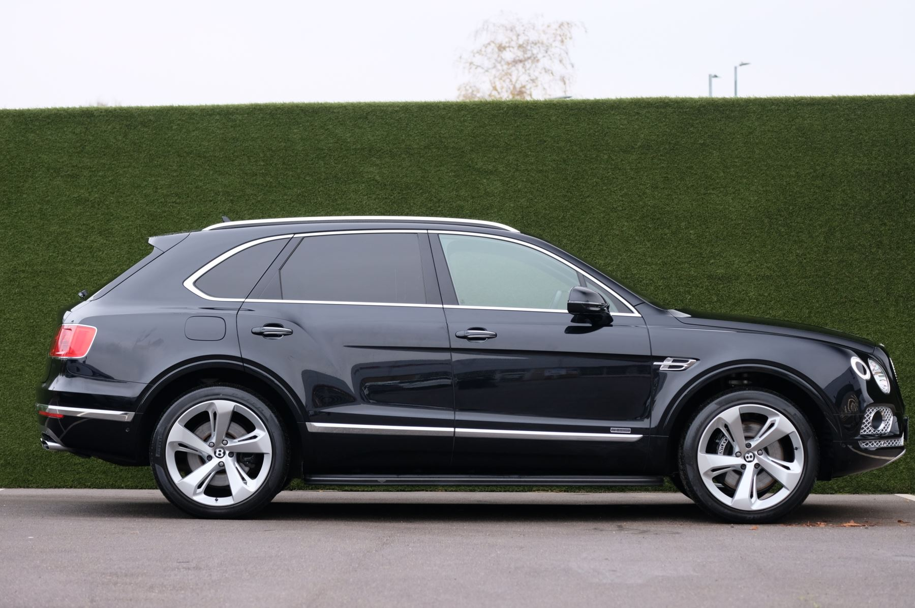 Bentley Bentayga Diesel 4.0 V8 Mulliner Driving Spec 5dr Auto - 7 Seat Specification image 3