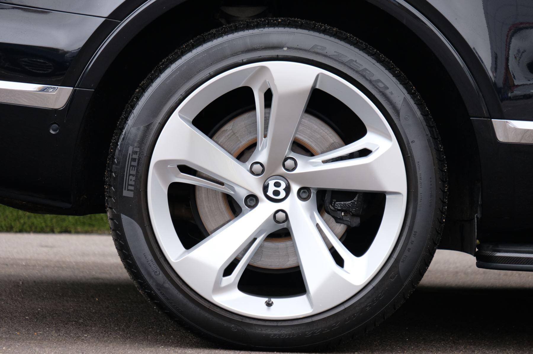 Bentley Bentayga Diesel 4.0 V8 Mulliner Driving Spec 5dr Auto - 7 Seat Specification image 8