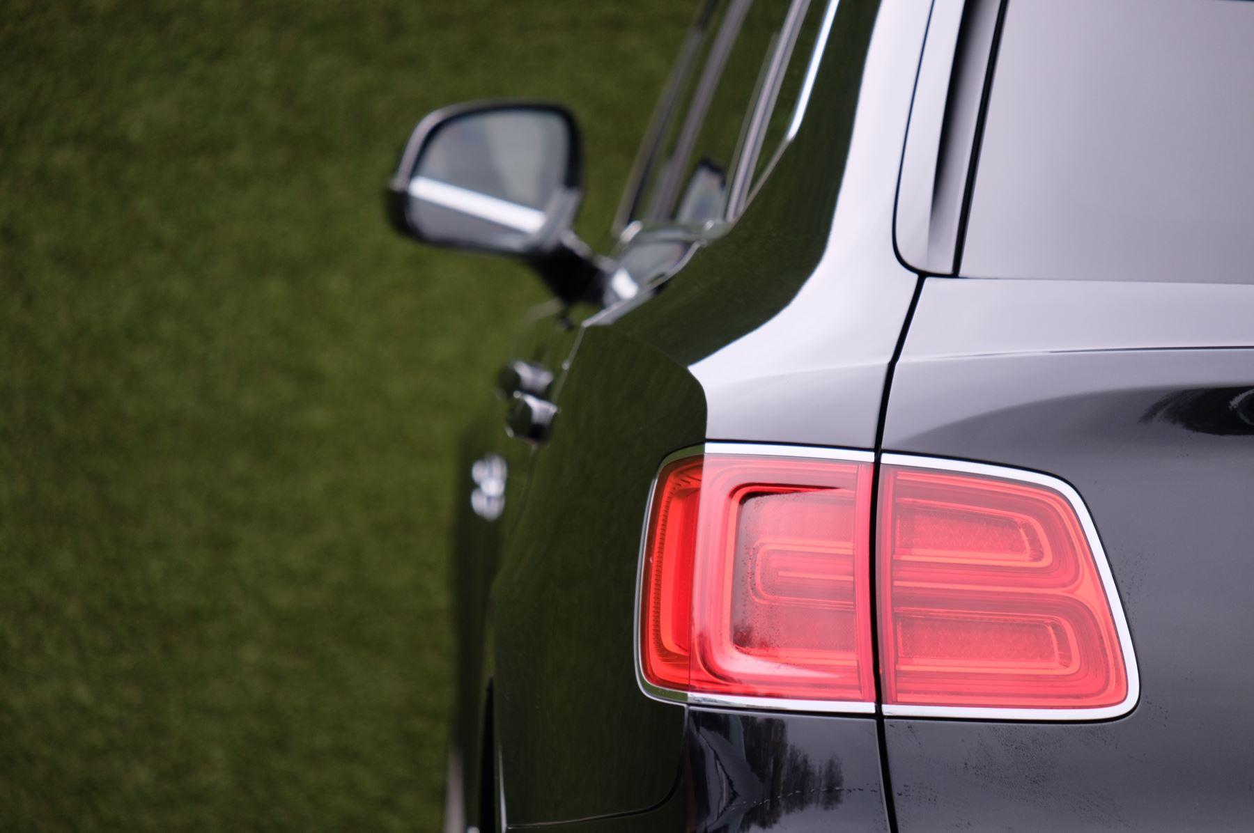 Bentley Bentayga Diesel 4.0 V8 Mulliner Driving Spec 5dr Auto - 7 Seat Specification image 7