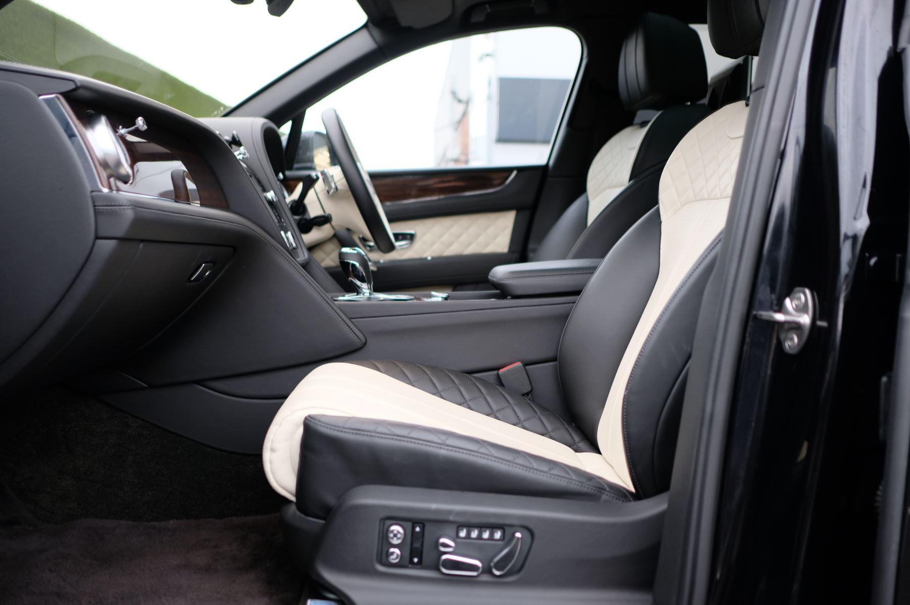 Bentley Bentayga Diesel 4.0 V8 Mulliner Driving Spec 5dr Auto - 7 Seat Specification image 20