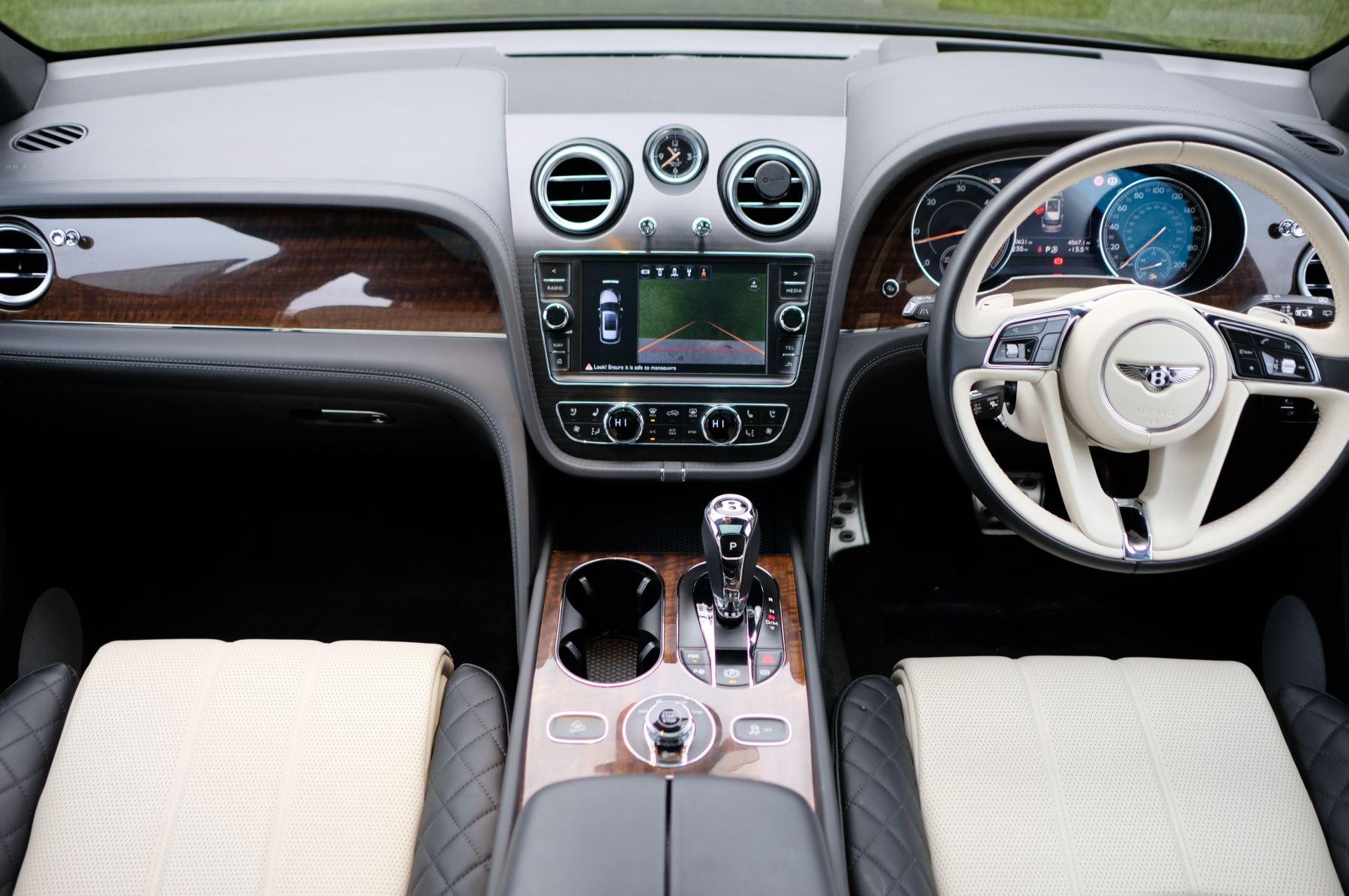 Bentley Bentayga Diesel 4.0 V8 Mulliner Driving Spec 5dr Auto - 7 Seat Specification image 13