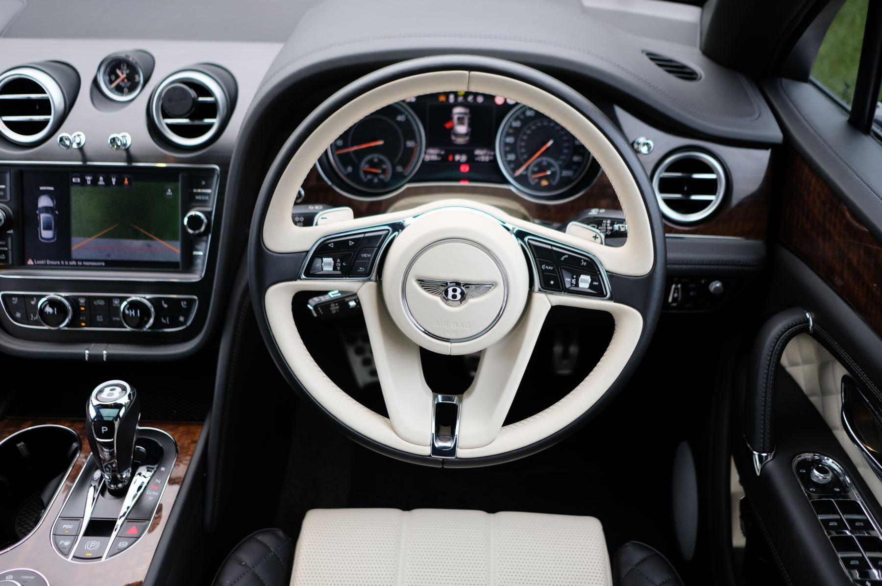 Bentley Bentayga Diesel 4.0 V8 Mulliner Driving Spec 5dr Auto - 7 Seat Specification image 15