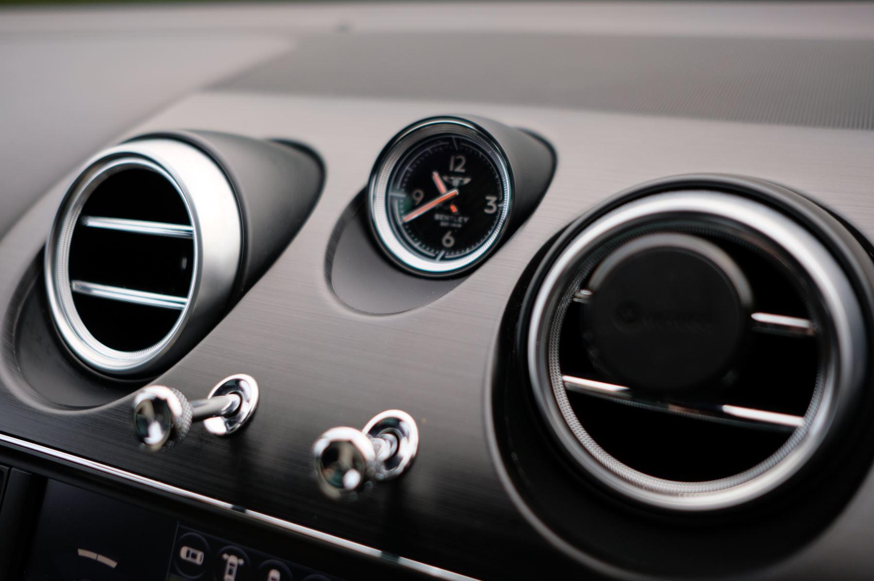 Bentley Bentayga Diesel 4.0 V8 Mulliner Driving Spec 5dr Auto - 7 Seat Specification image 22