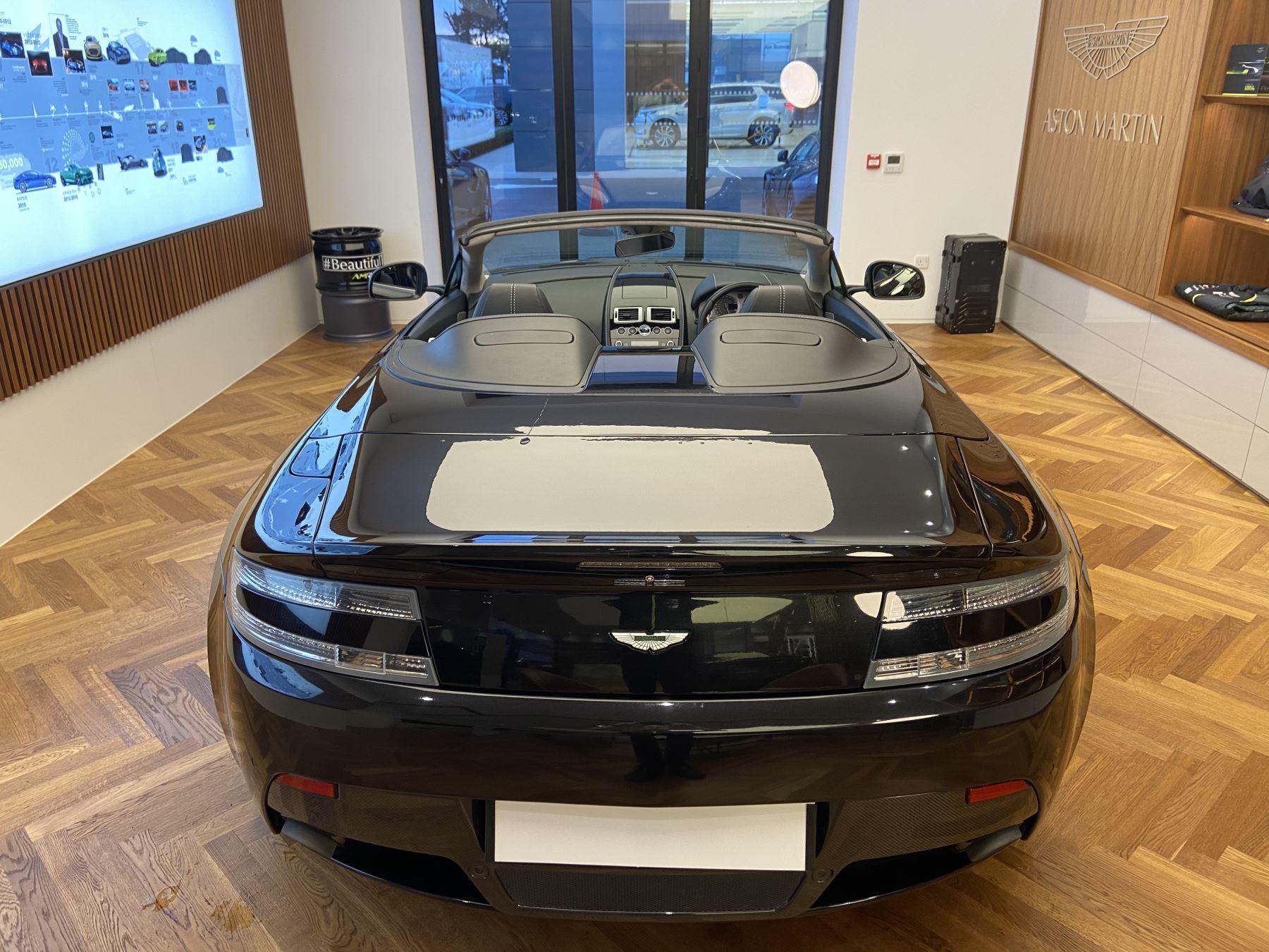 Aston Martin V8 Vantage S Roadster S 2dr Sportshift image 13