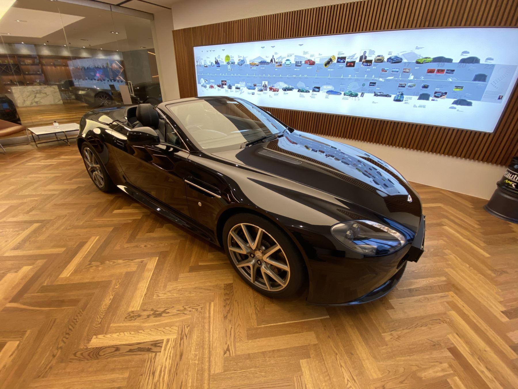 Aston Martin V8 Vantage S Roadster S 2dr Sportshift image 2