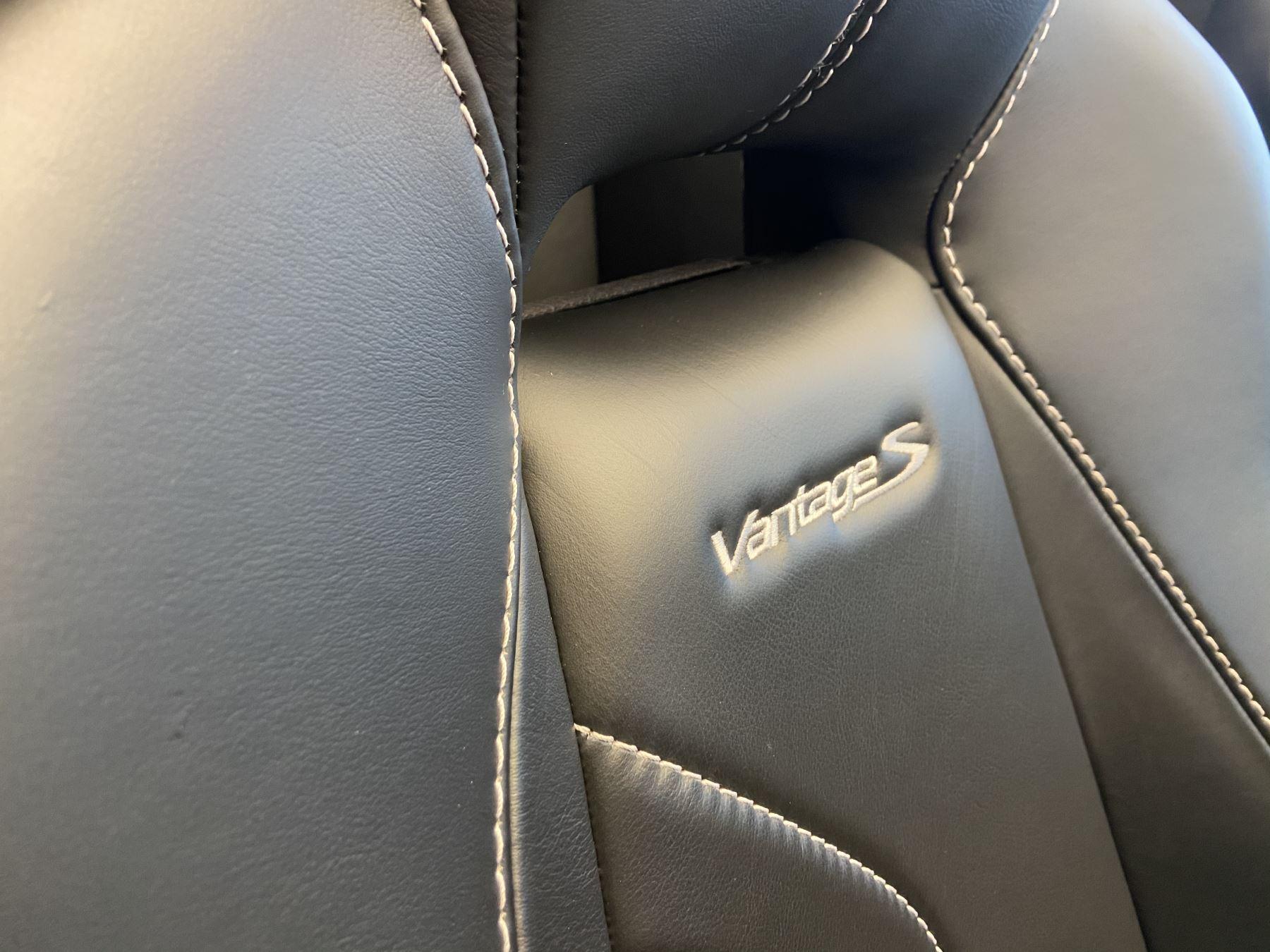 Aston Martin V8 Vantage S Roadster S 2dr Sportshift image 24