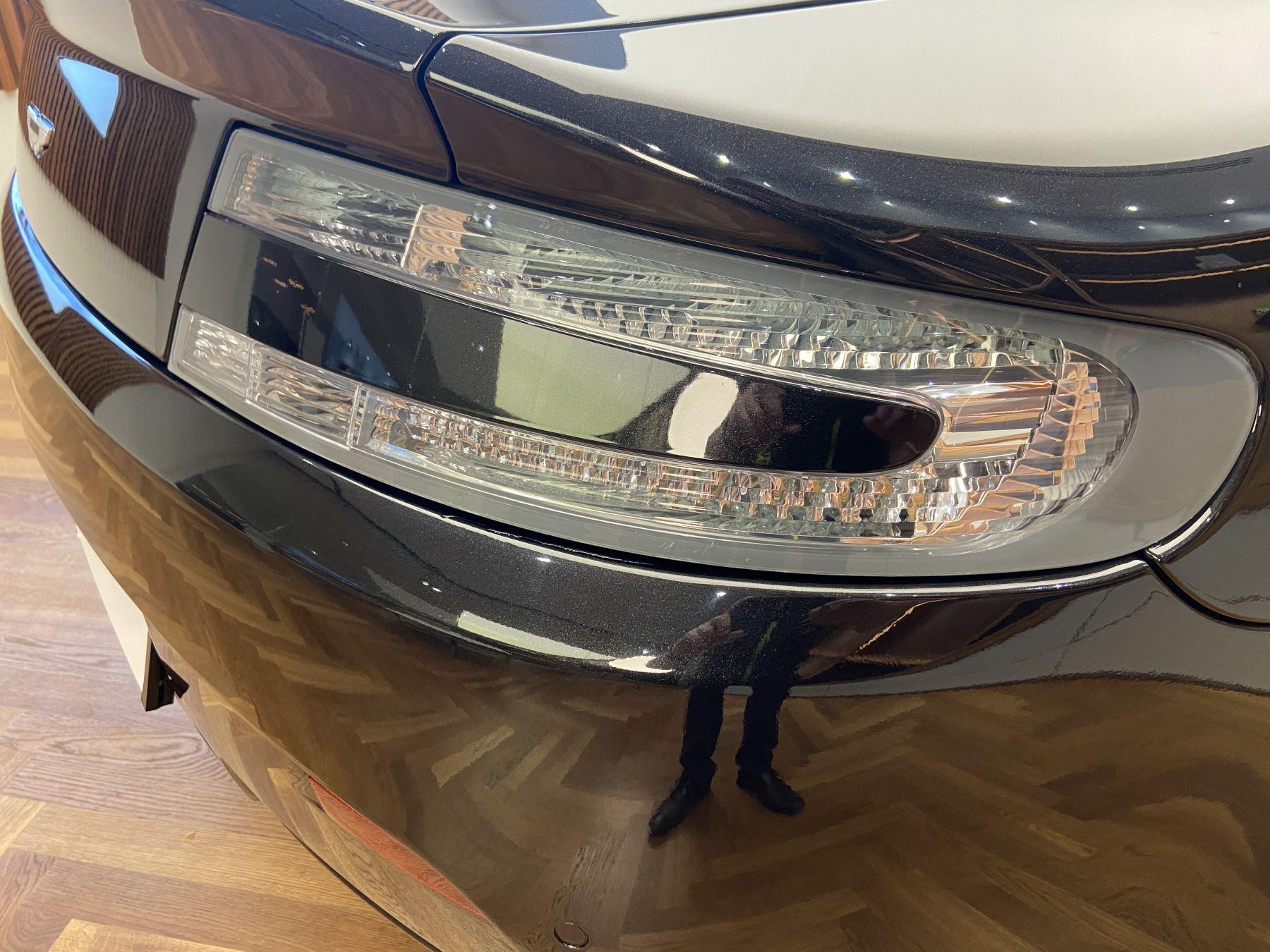 Aston Martin V8 Vantage S Roadster S 2dr Sportshift image 25