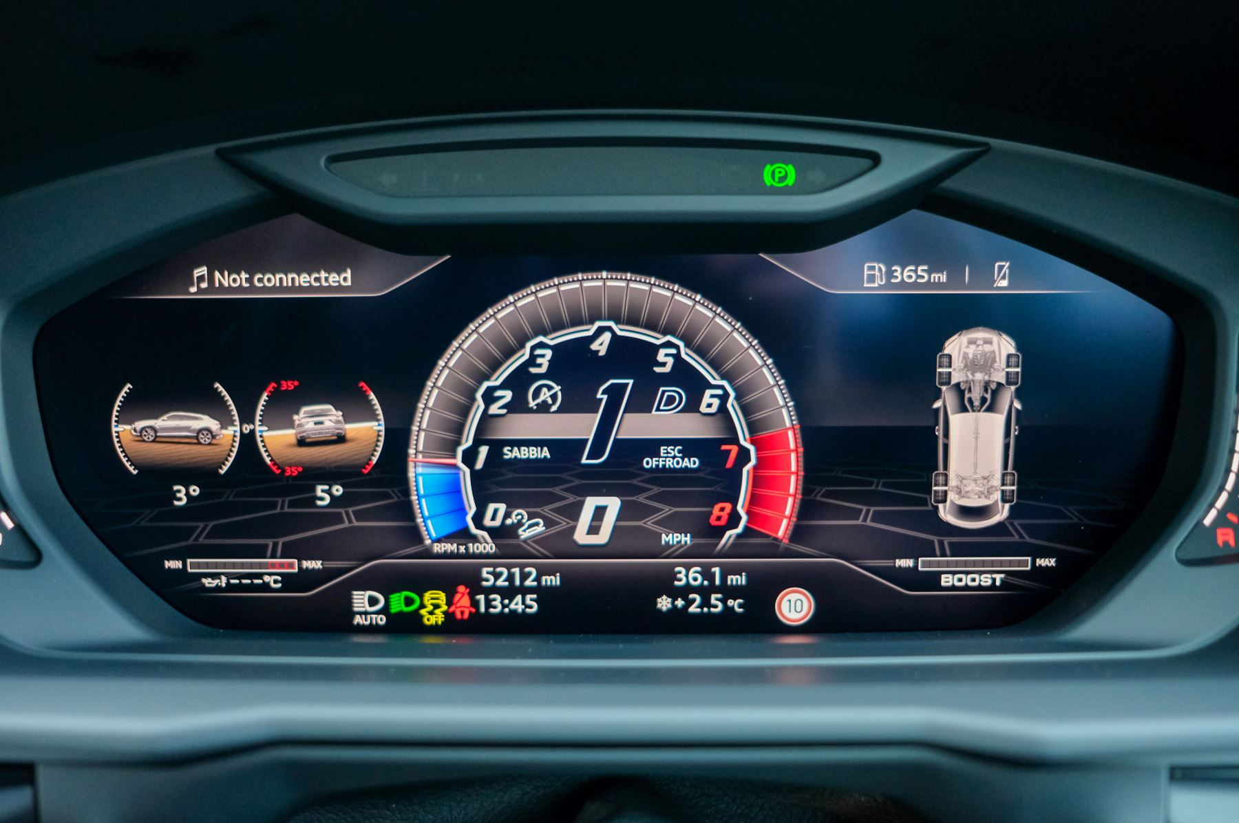 Lamborghini Urus 4.0T FSI V8 5dr Auto - Akrapovic exhaust & Exterior Carbon image 39
