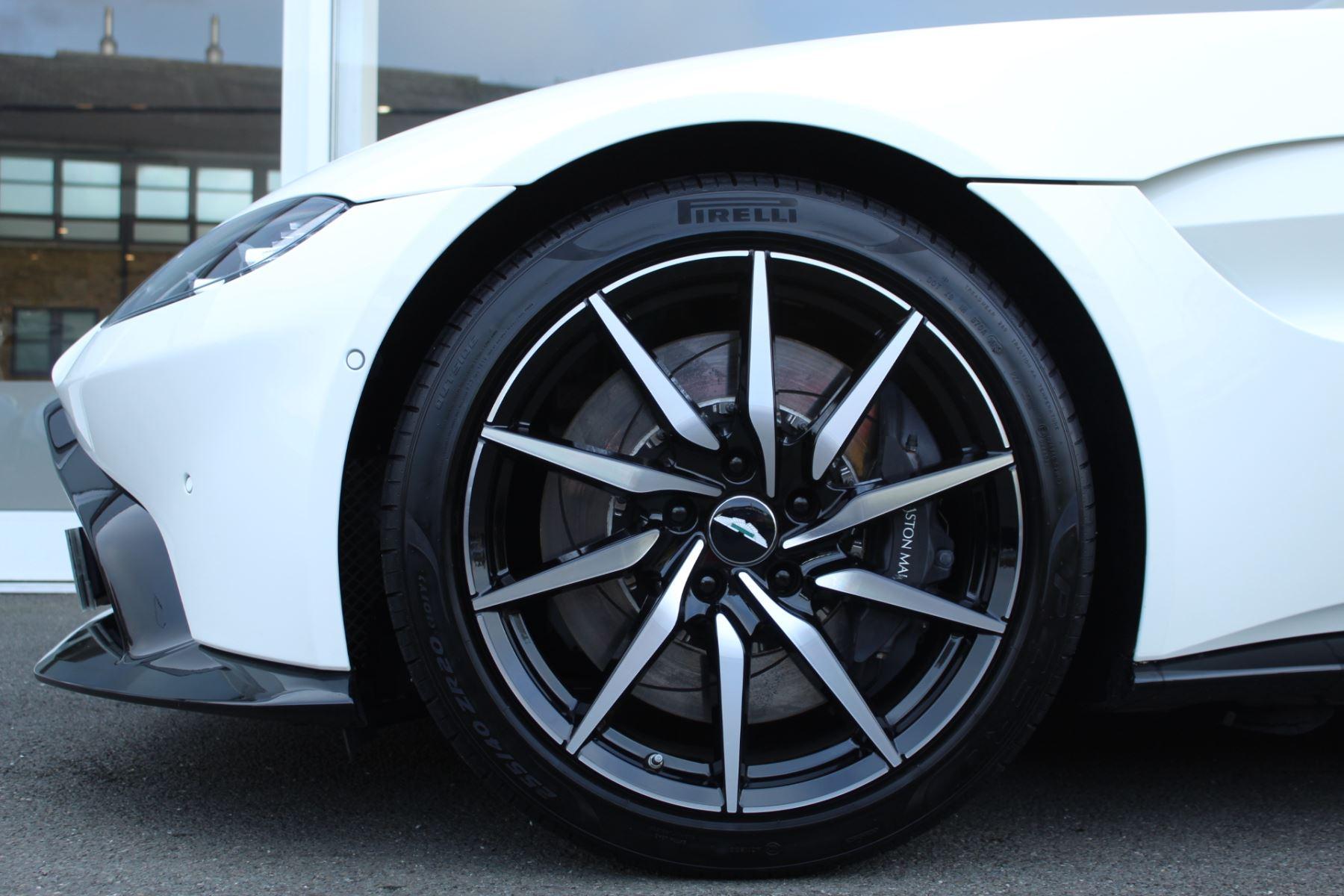 Aston Martin New Vantage 2dr ZF 8 Speed image 13
