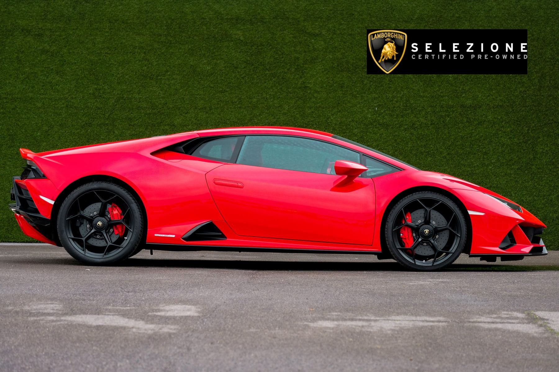 Lamborghini Huracan 5.2 V10 640 2dr Auto AWD image 2