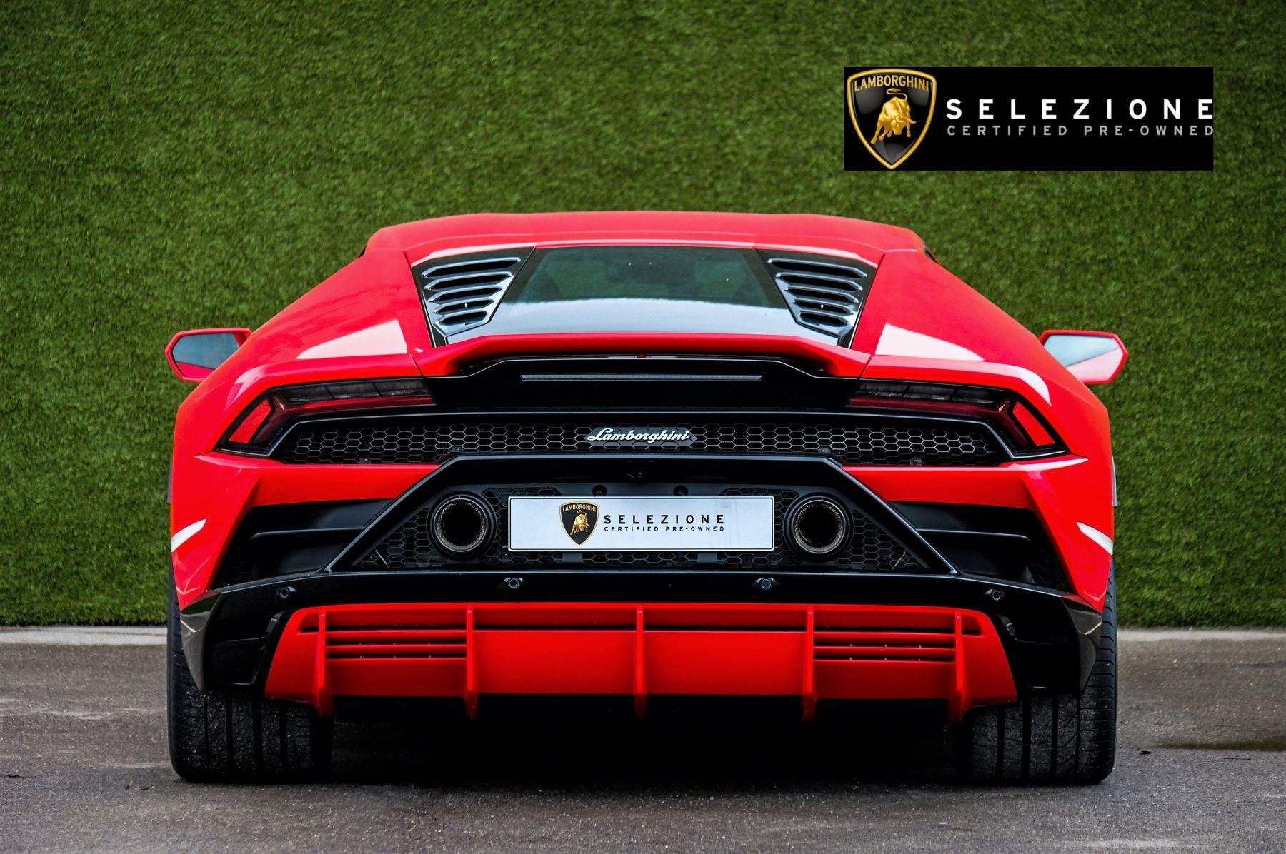 Lamborghini Huracan 5.2 V10 640 2dr Auto AWD image 4
