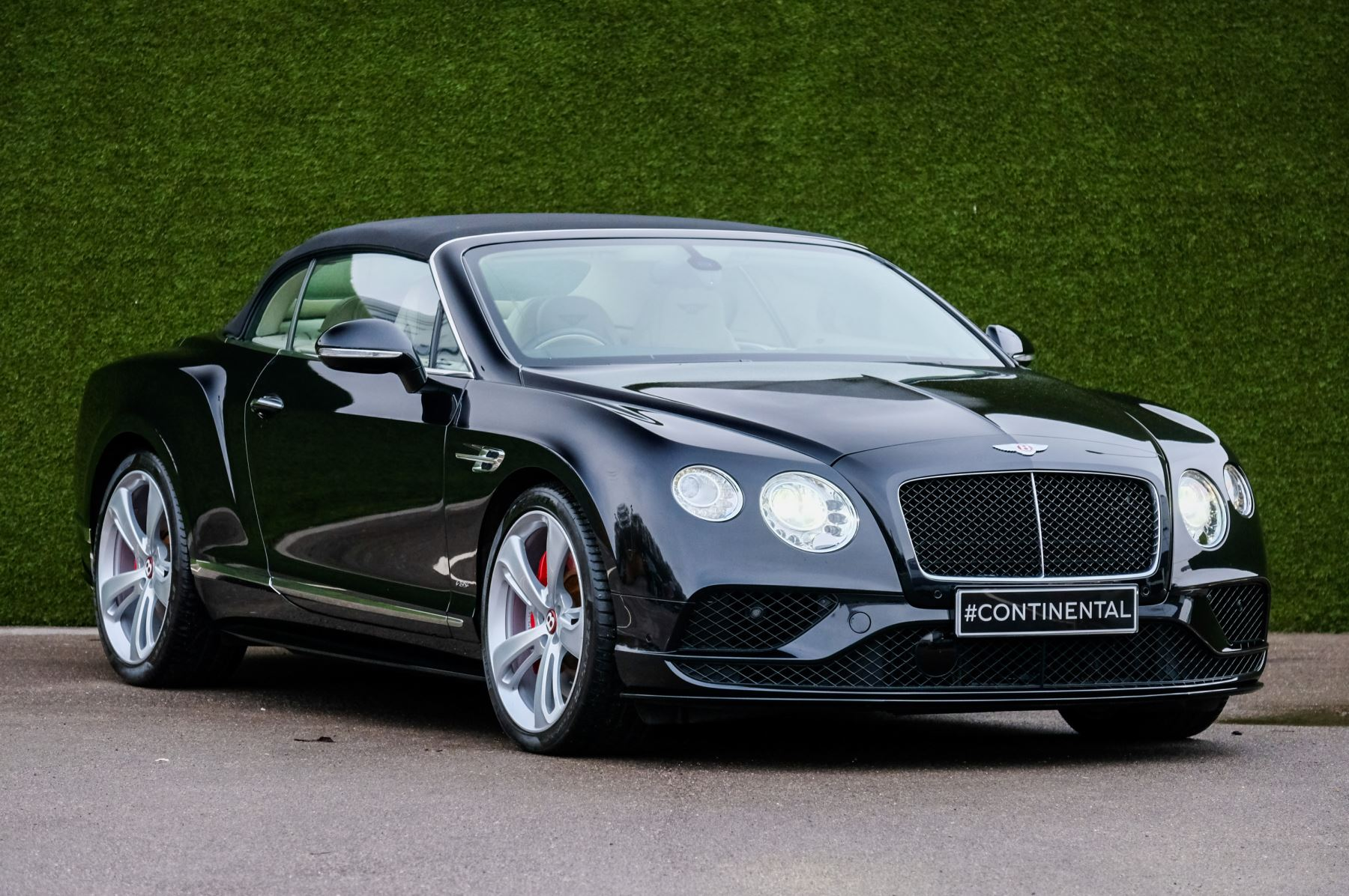 Bentley Continental GTC 4.0 V8 S Mulliner Driving Spec image 1