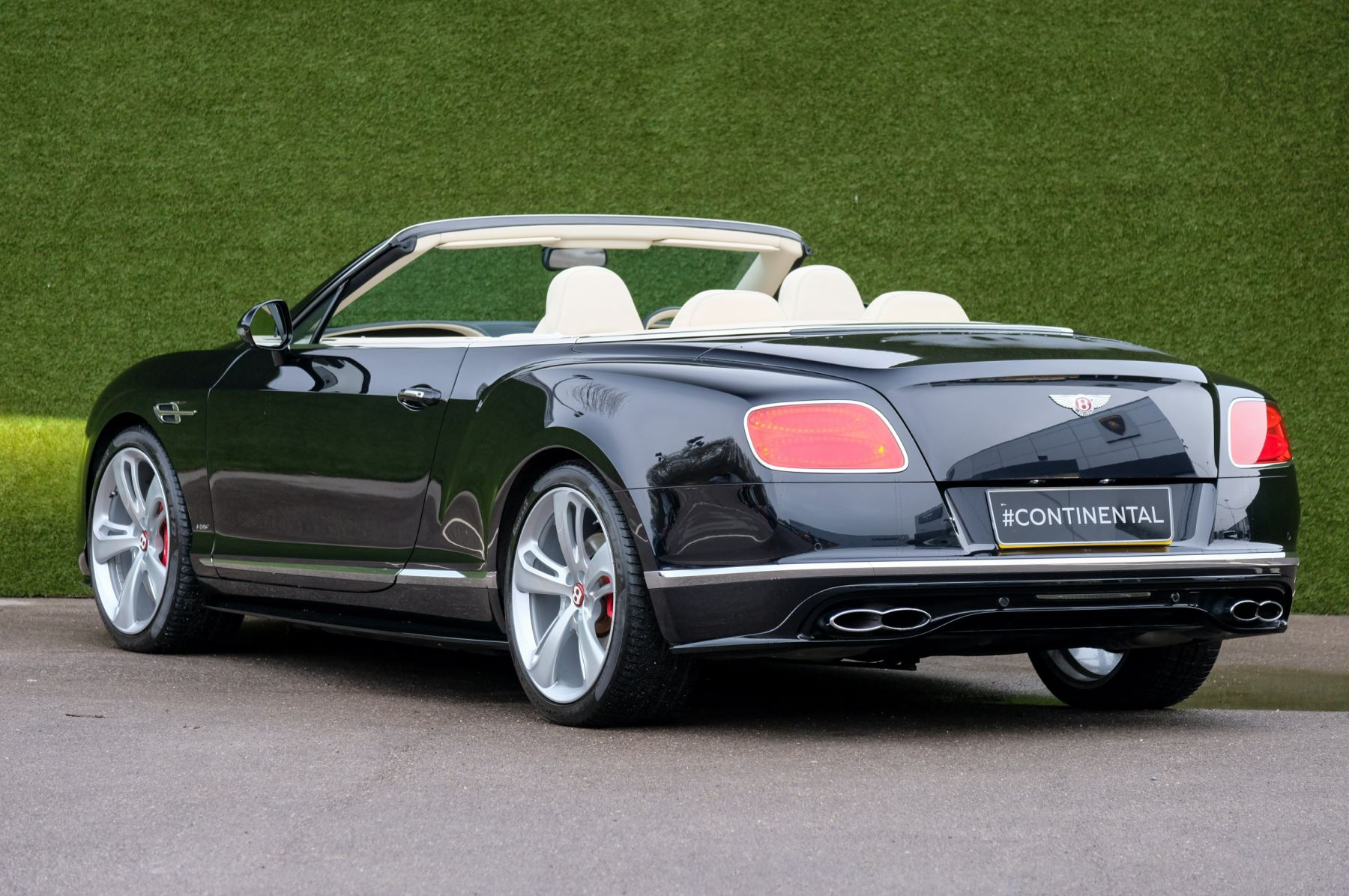 Bentley Continental GTC 4.0 V8 S Mulliner Driving Spec image 5
