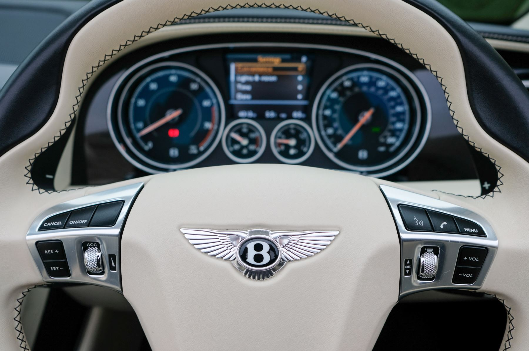 Bentley Continental GTC 4.0 V8 S Mulliner Driving Spec image 15