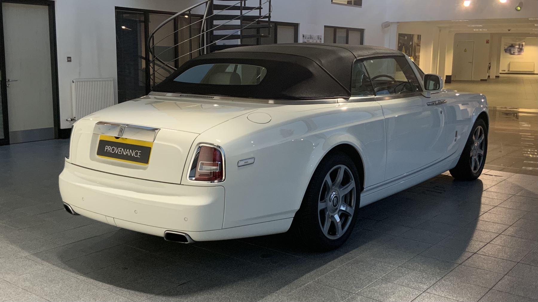 Rolls-Royce Phantom Drophead Coupe Series 2 image 11