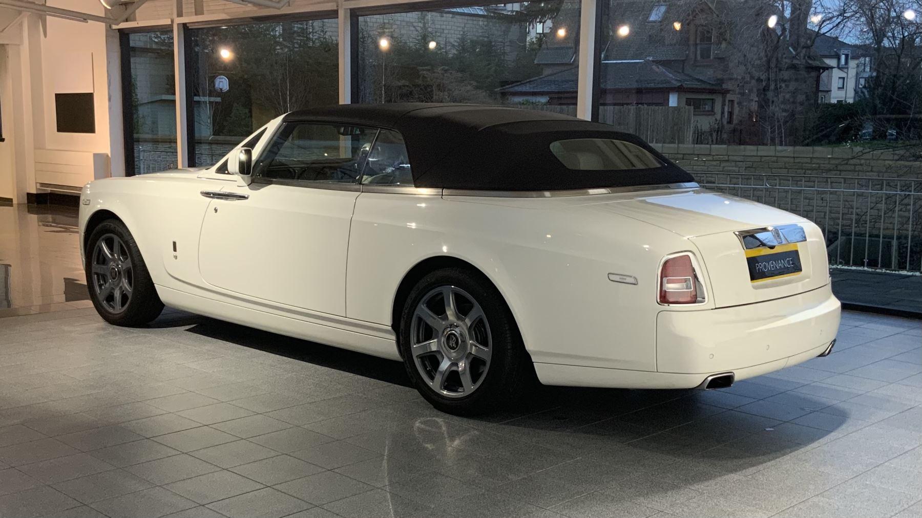 Rolls-Royce Phantom Drophead Coupe Series 2 image 12