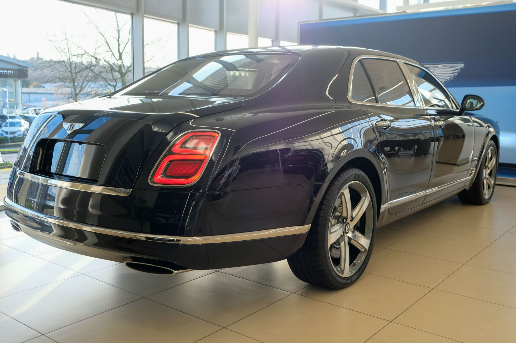 Bentley Mulsanne Speed 6.8 V8 Speed - Speed Premier, Entertainment and Comfort Specification image 2