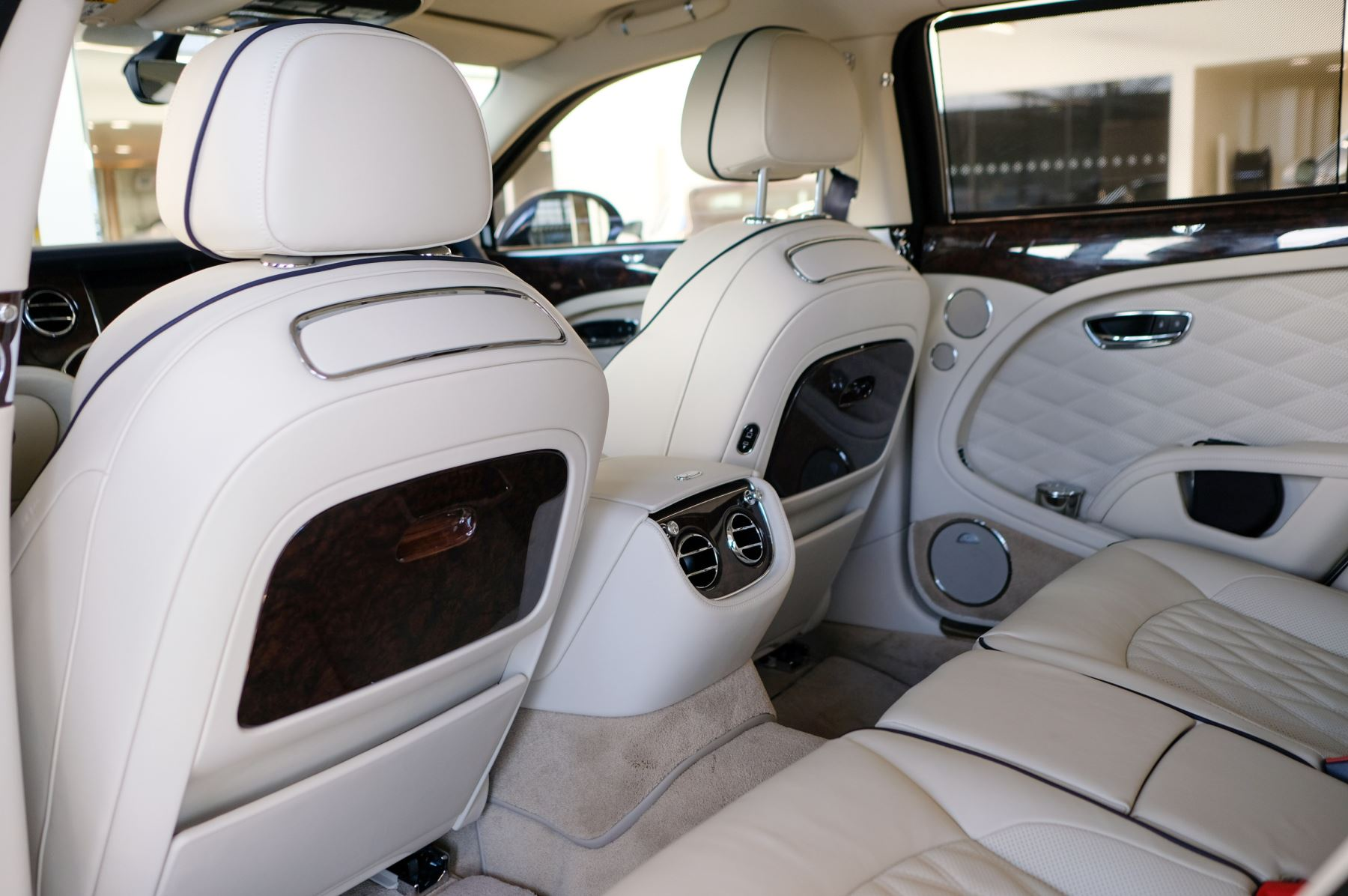 Bentley Mulsanne Speed 6.8 V8 Speed - Speed Premier, Entertainment and Comfort Specification image 12