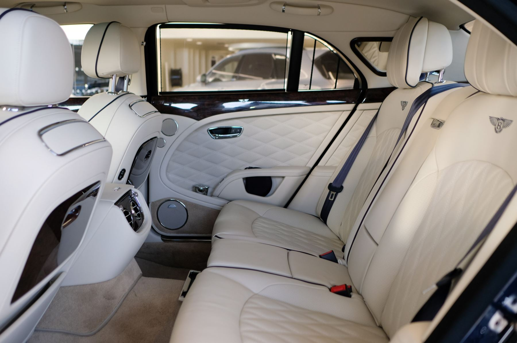 Bentley Mulsanne Speed 6.8 V8 Speed - Speed Premier, Entertainment and Comfort Specification image 13