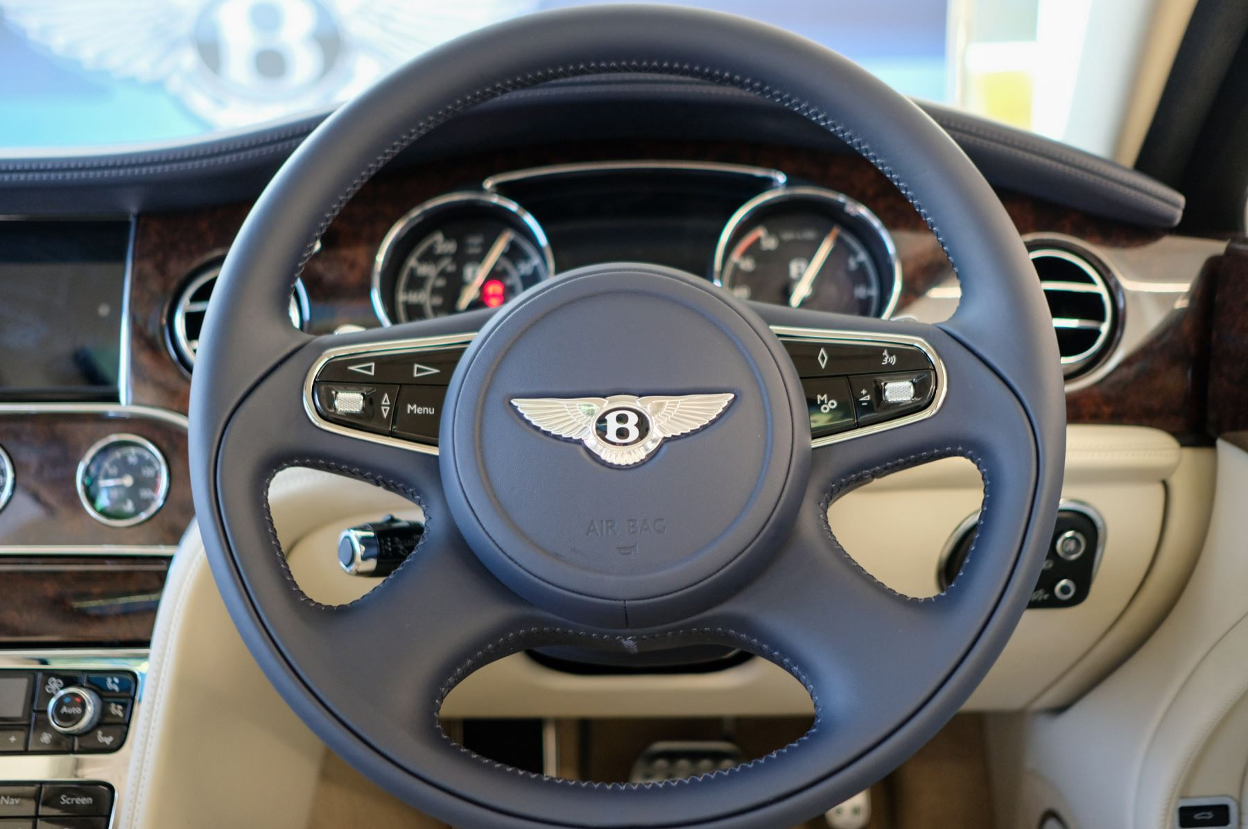 Bentley Mulsanne Speed 6.8 V8 Speed - Speed Premier, Entertainment and Comfort Specification image 16