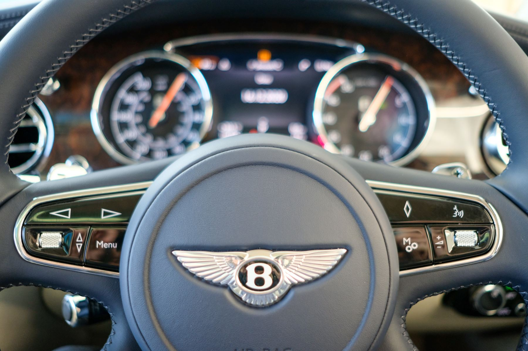 Bentley Mulsanne Speed 6.8 V8 Speed - Speed Premier, Entertainment and Comfort Specification image 22