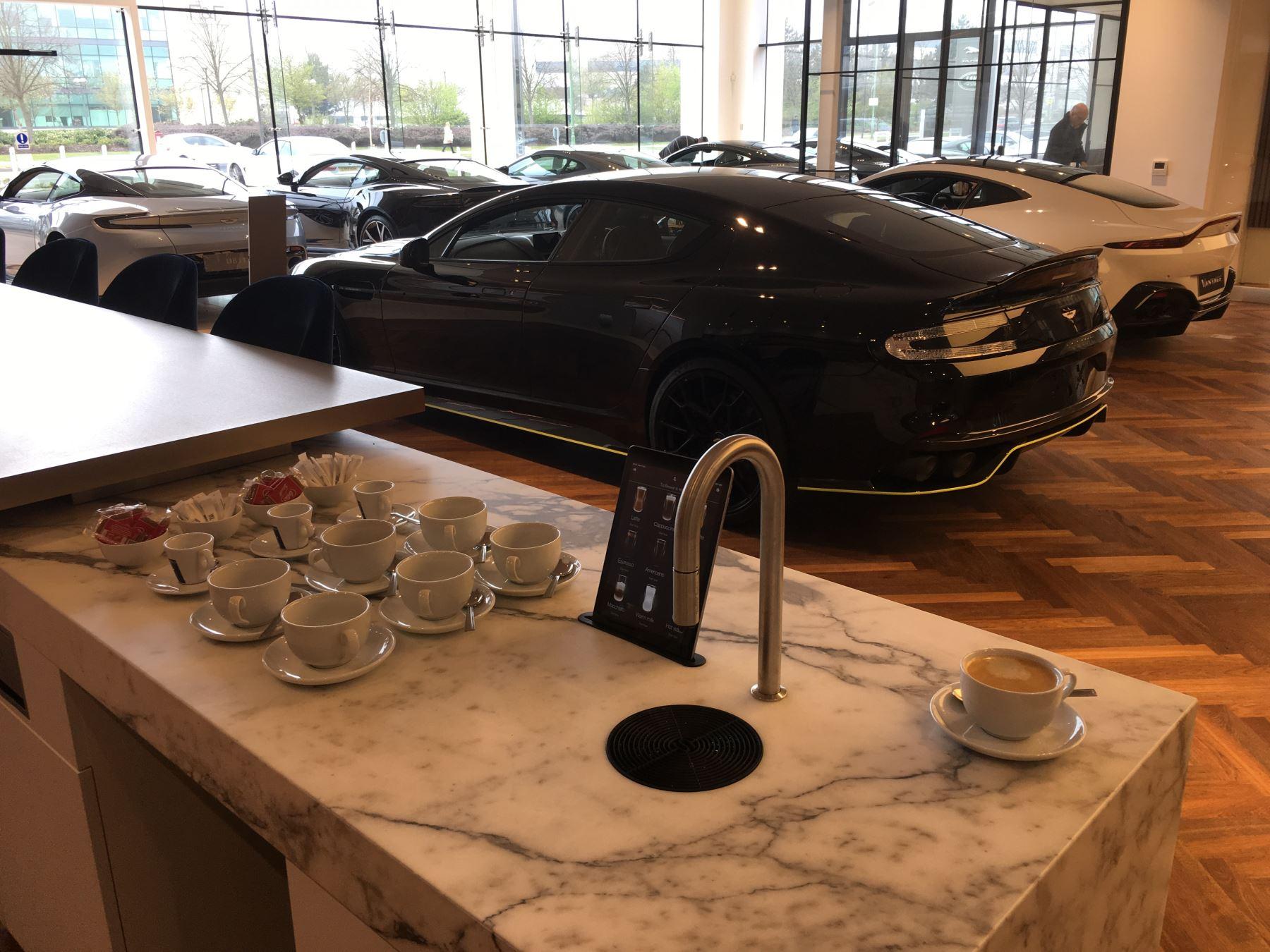 Aston Martin DB11 V8 2dr Touchtronic image 17