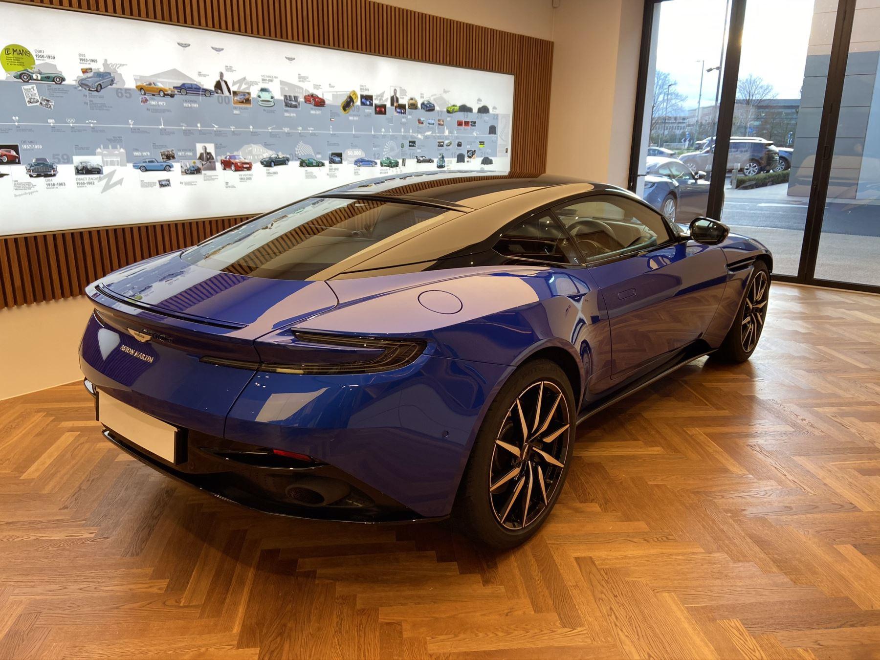 Aston Martin DB11 V8 2dr Touchtronic image 2