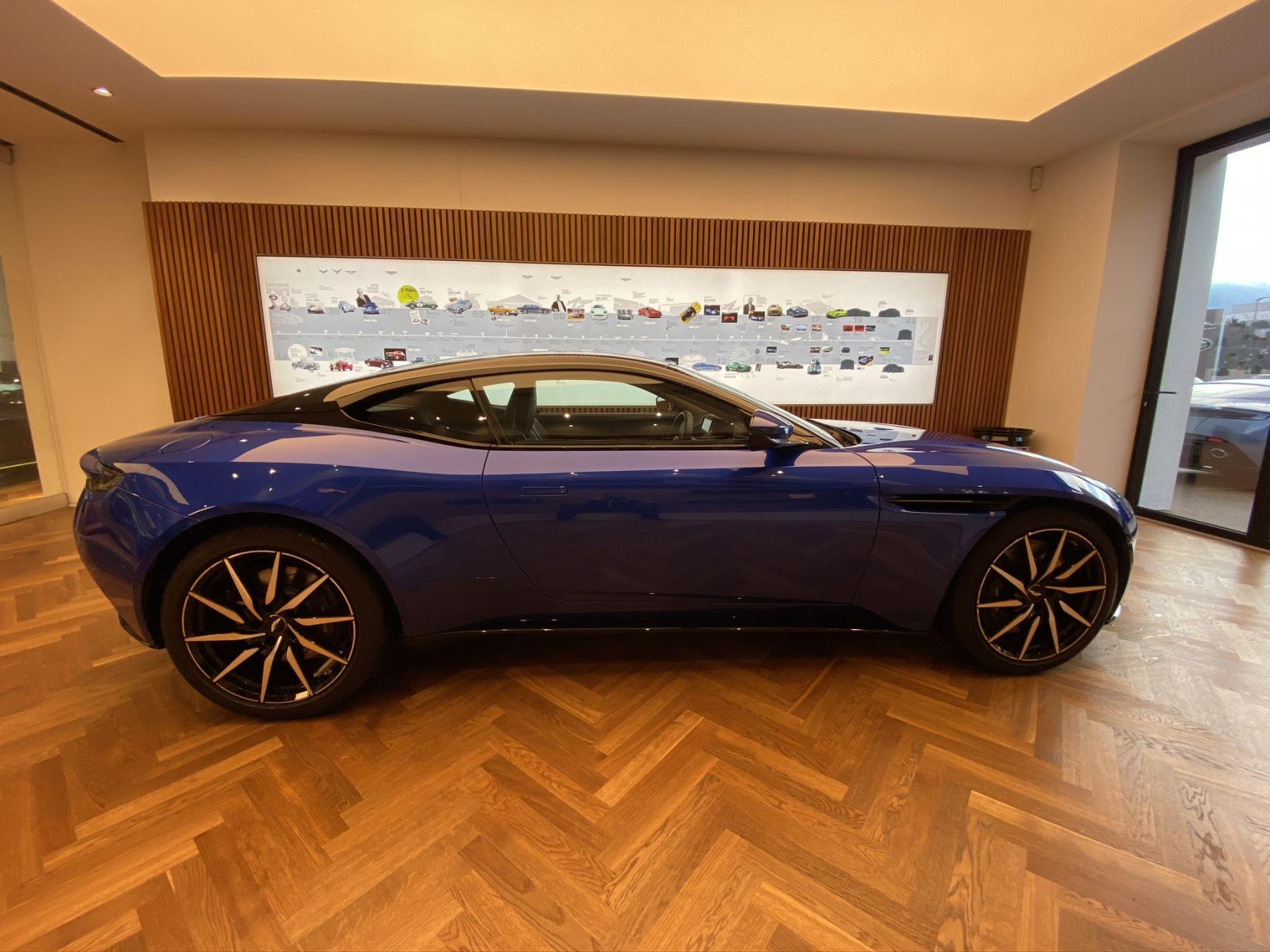 Aston Martin DB11 V8 2dr Touchtronic image 7