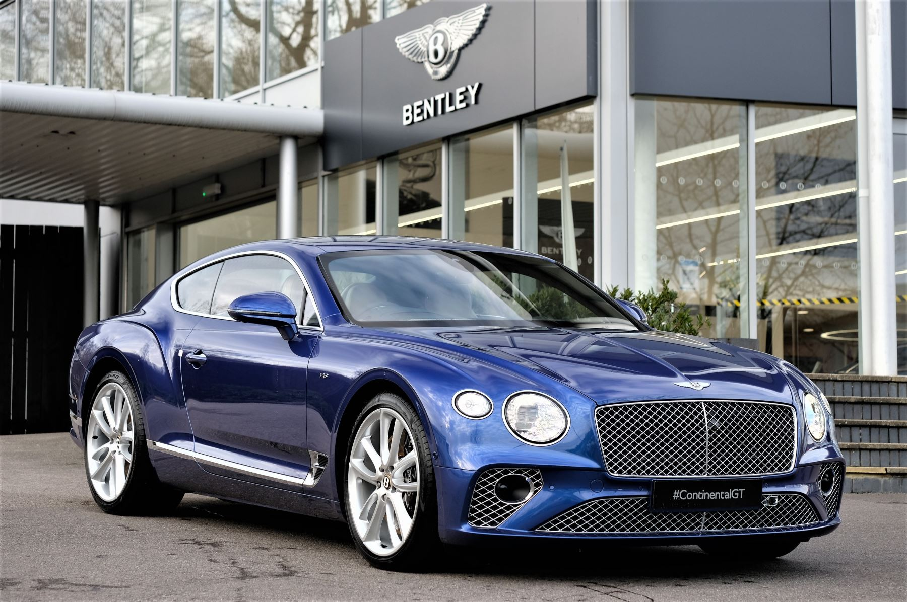 Bentley Continental GT 4.0 V8 Mulliner Driving Spec 2dr Auto - Centenary and Touring Specification image 1