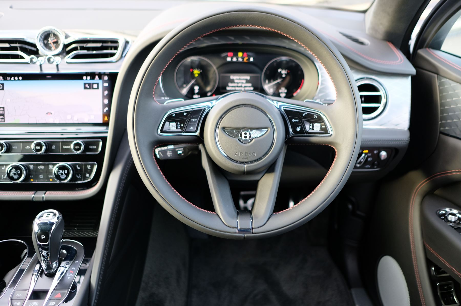 Bentley Bentayga 4.0 V8 - Touring and Front Seat Comfort Specification  image 14