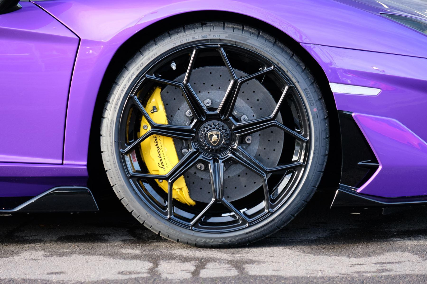 Lamborghini Aventador SVJ Coupe LP 770-4 ISR image 9