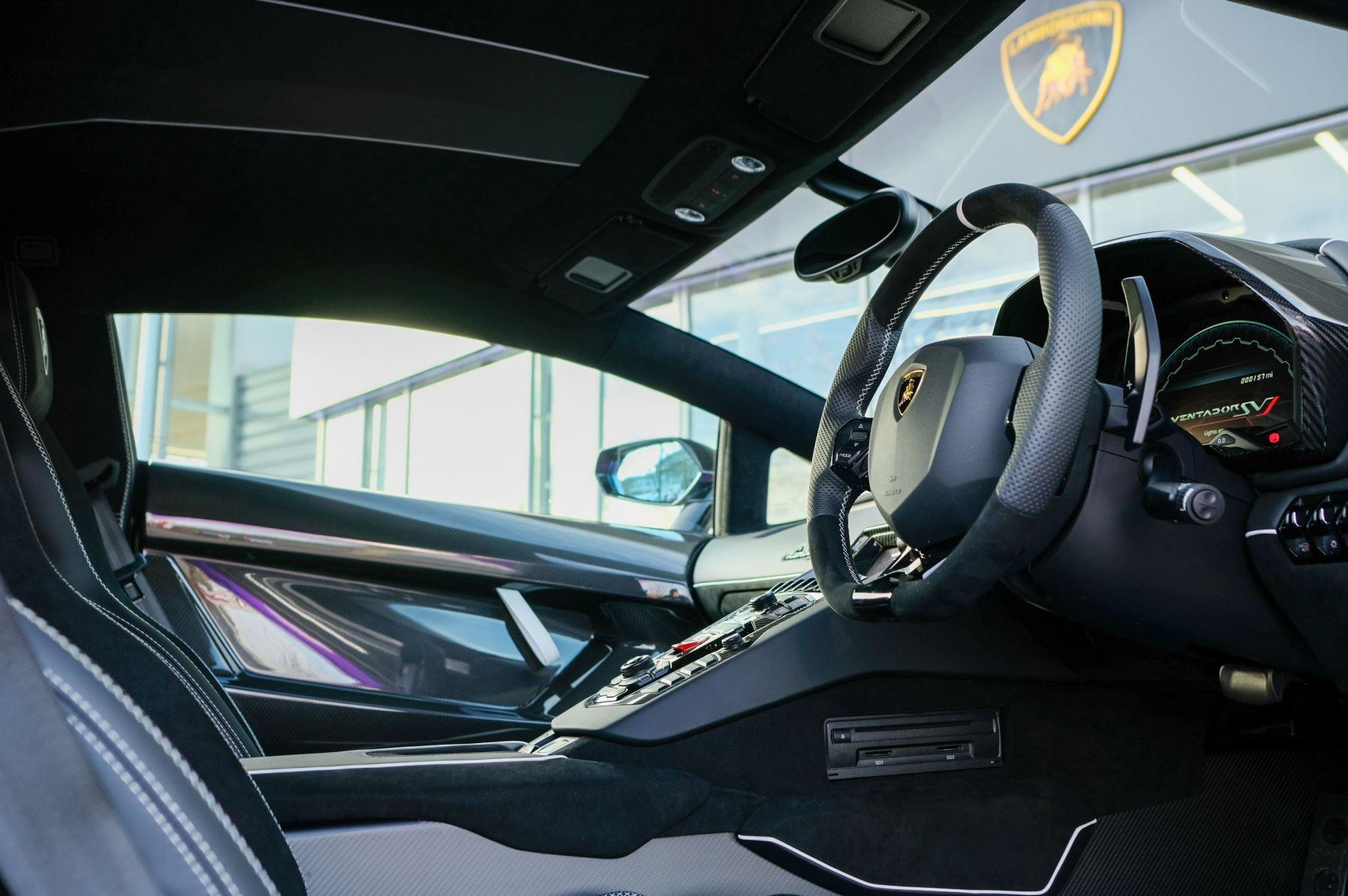 Lamborghini Aventador SVJ Coupe LP 770-4 ISR image 15