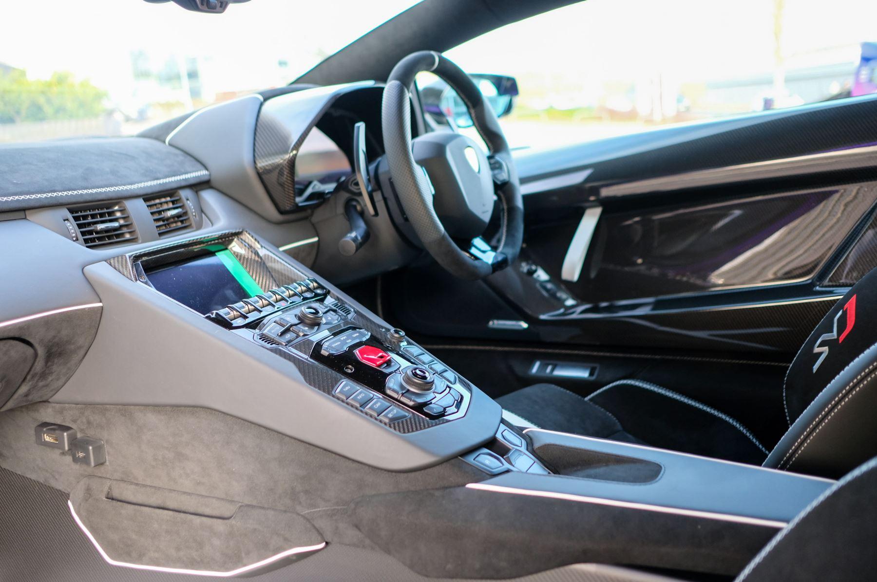 Lamborghini Aventador SVJ Coupe LP 770-4 ISR image 7