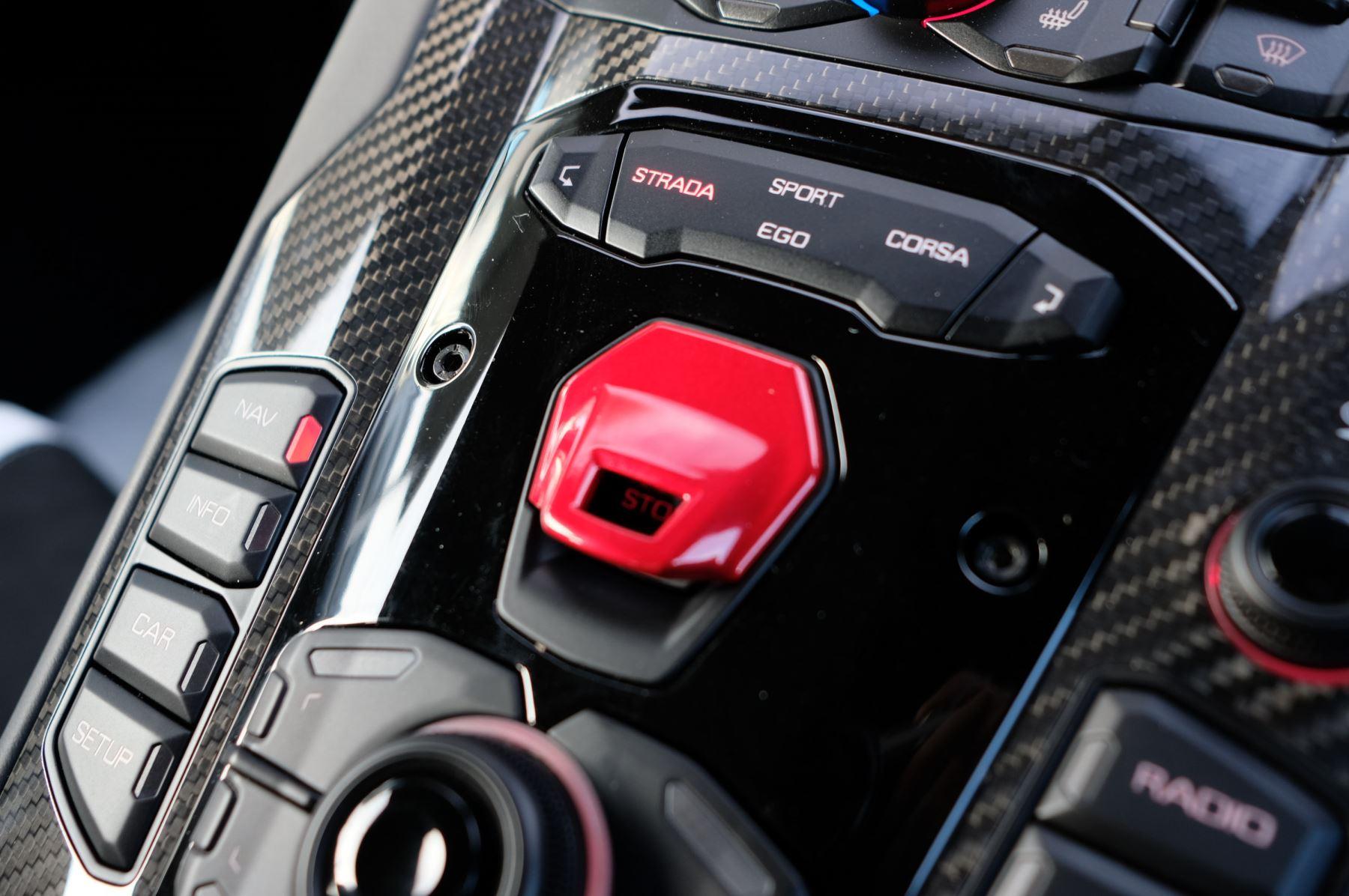 Lamborghini Aventador SVJ Coupe LP 770-4 ISR image 22