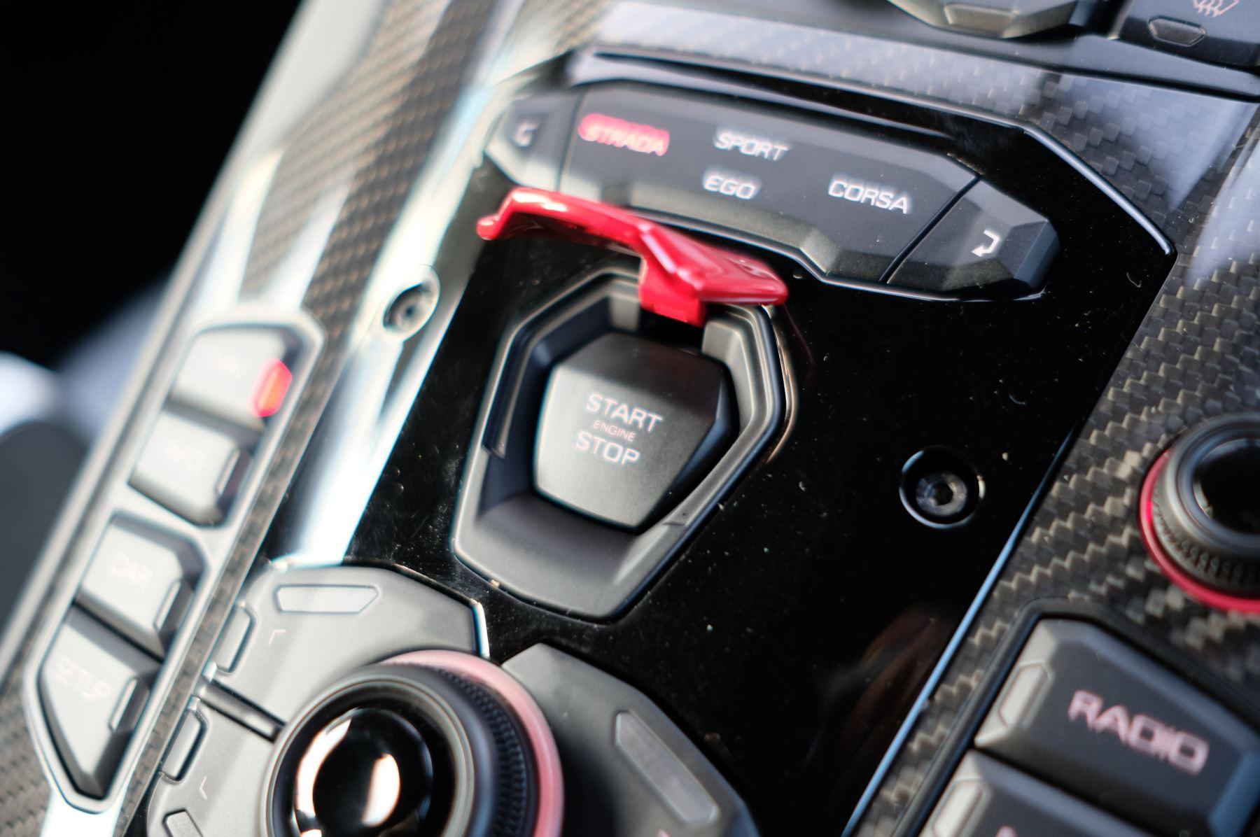 Lamborghini Aventador SVJ Coupe LP 770-4 ISR image 23