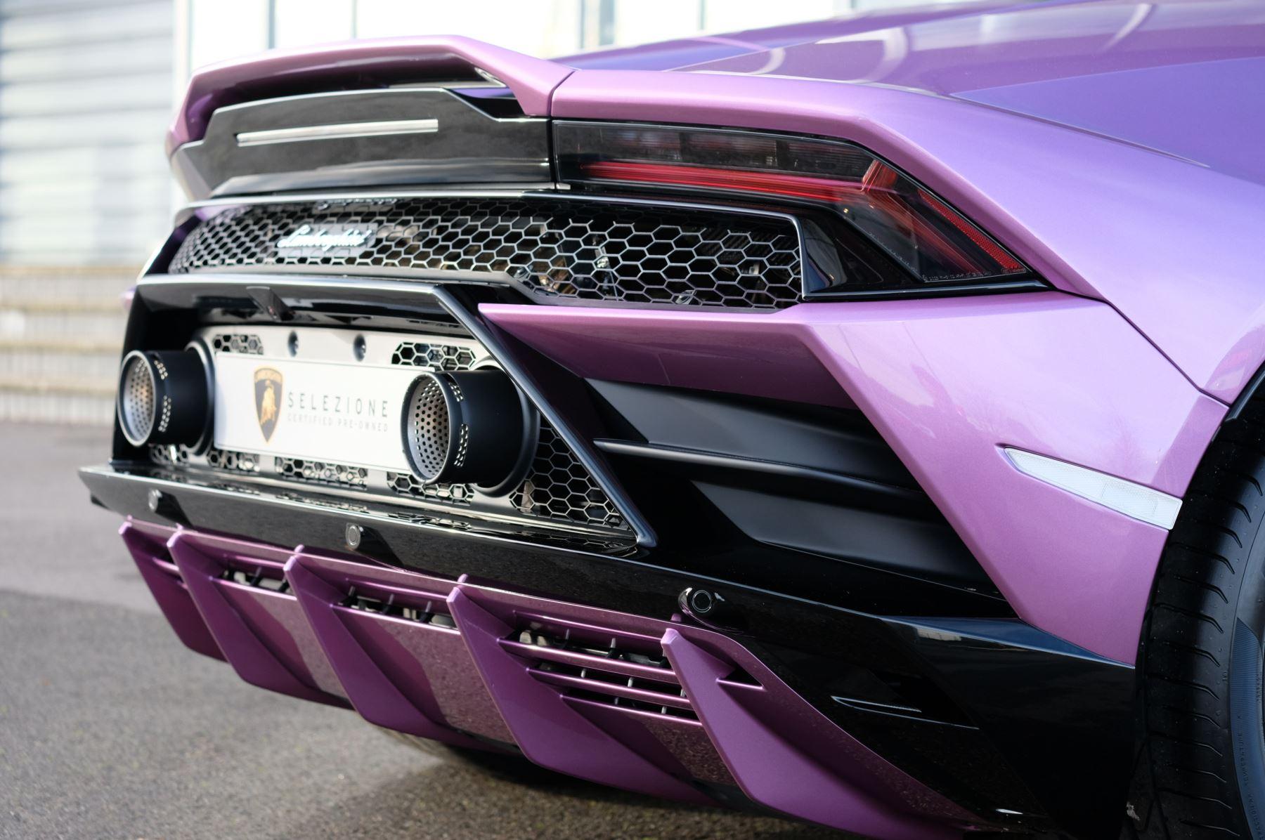 Lamborghini Huracan EVO Spyder 5.2 V10 640 2dr Auto AWD image 12