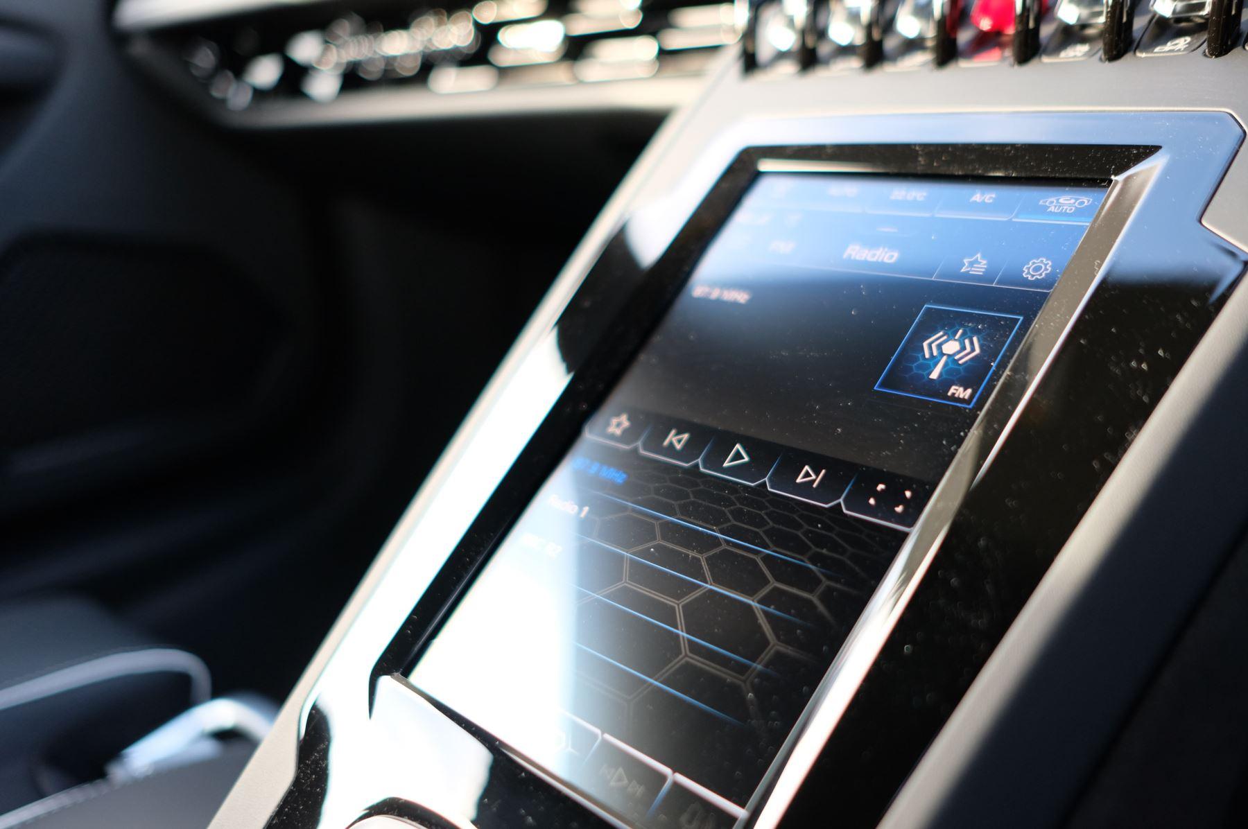 Lamborghini Huracan EVO Spyder 5.2 V10 640 2dr Auto AWD image 18
